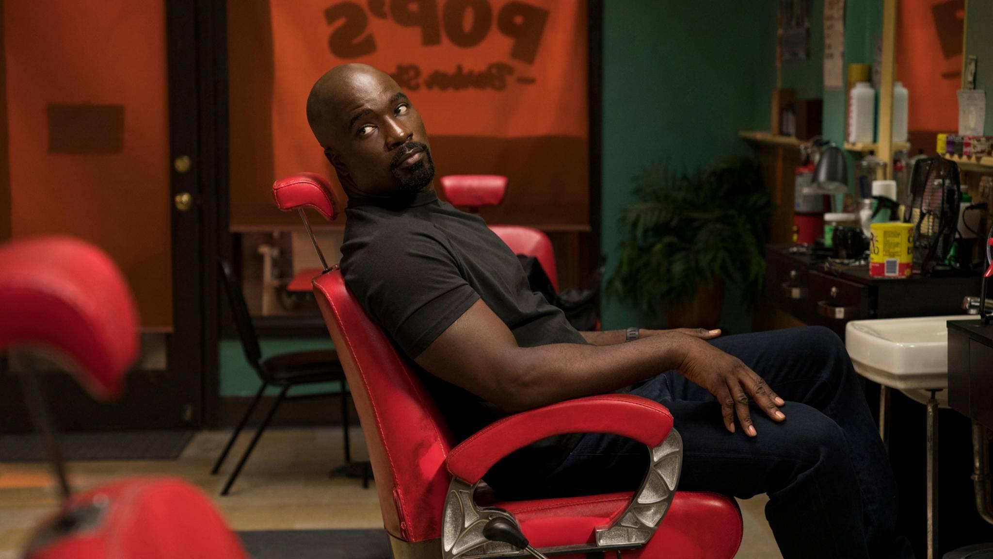 Netflix sägt am Stuhl von Marvel-Held Luke Cage.