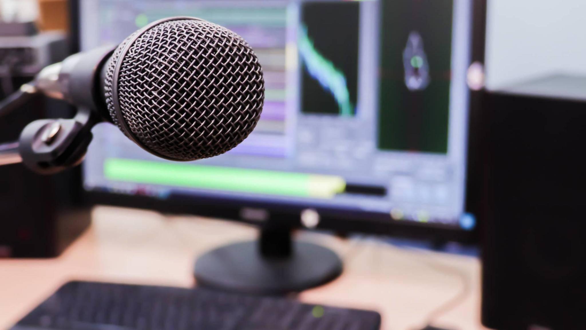 Wenn das PC-Mikrofon nicht geht, kannst Du es testen.