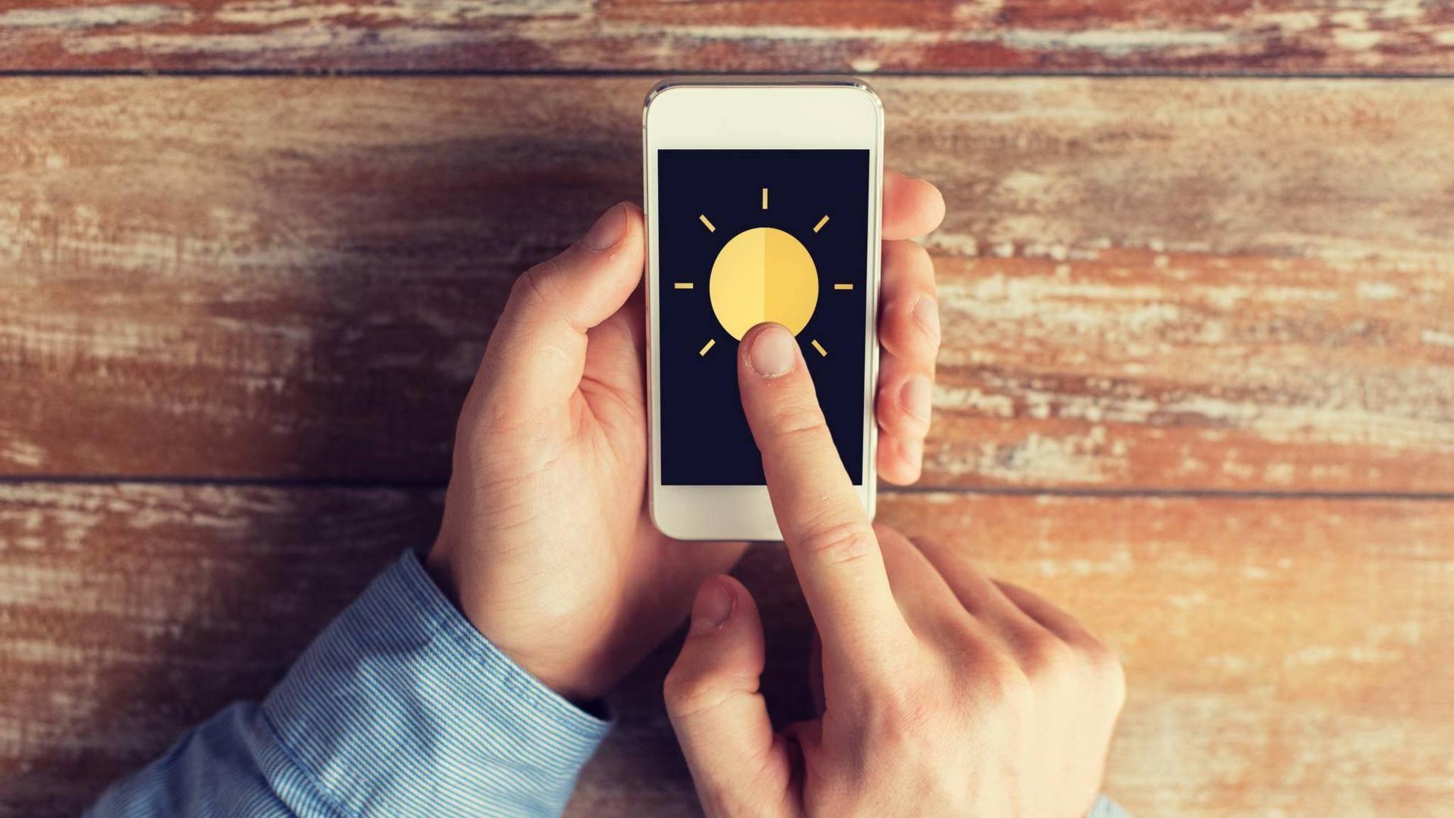 Es gibt verschiedene Ursachen, warum sich ein Smartphone erhitzt.