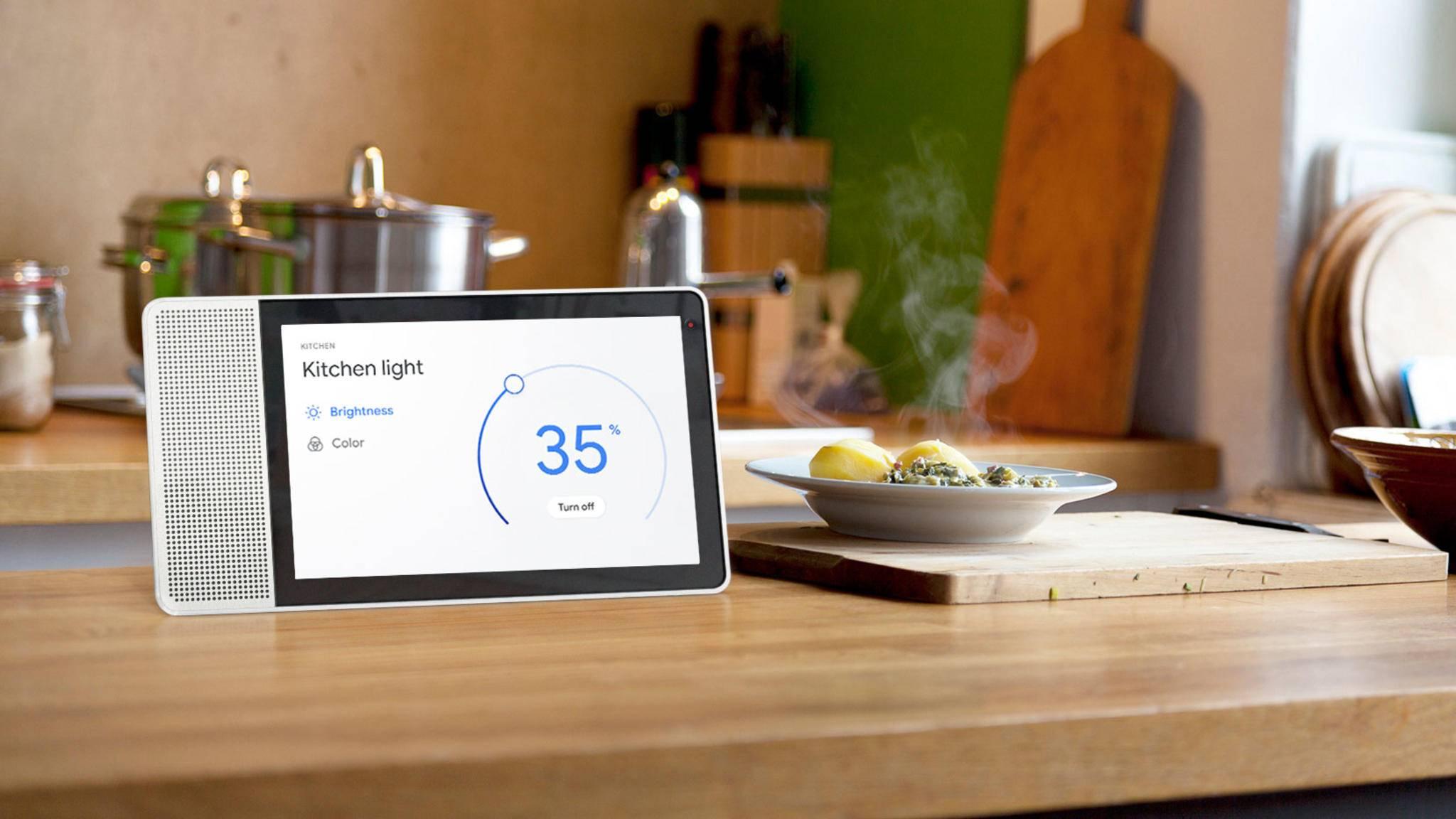 Ein Smart Display versorgt Dich mit hilfreichen Infos und dient auch zur Steuerung von Smart-Home-Geräten.