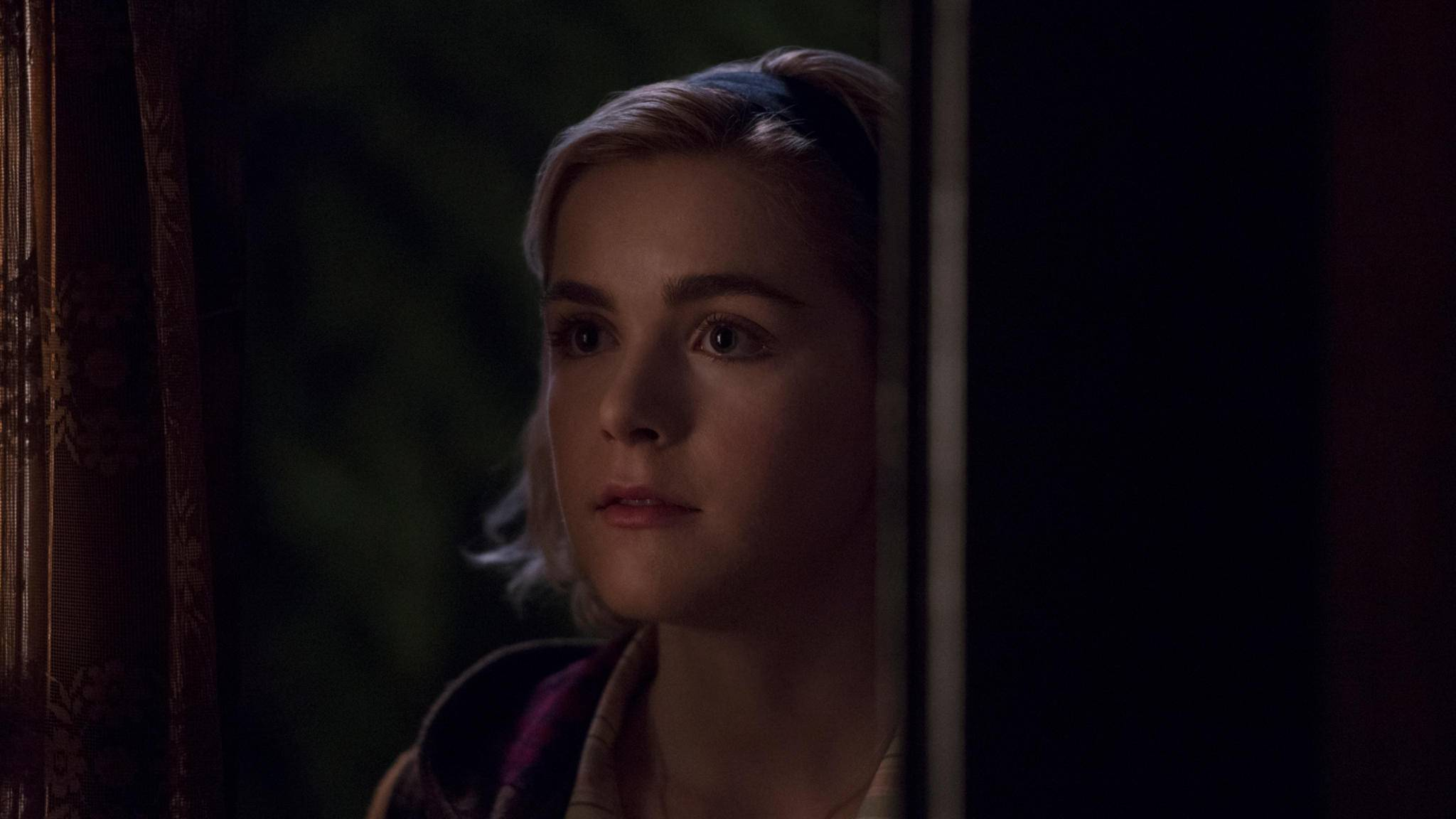 Sabrina wird in Staffel 2 mit neuen Mysterien konfrontiert.