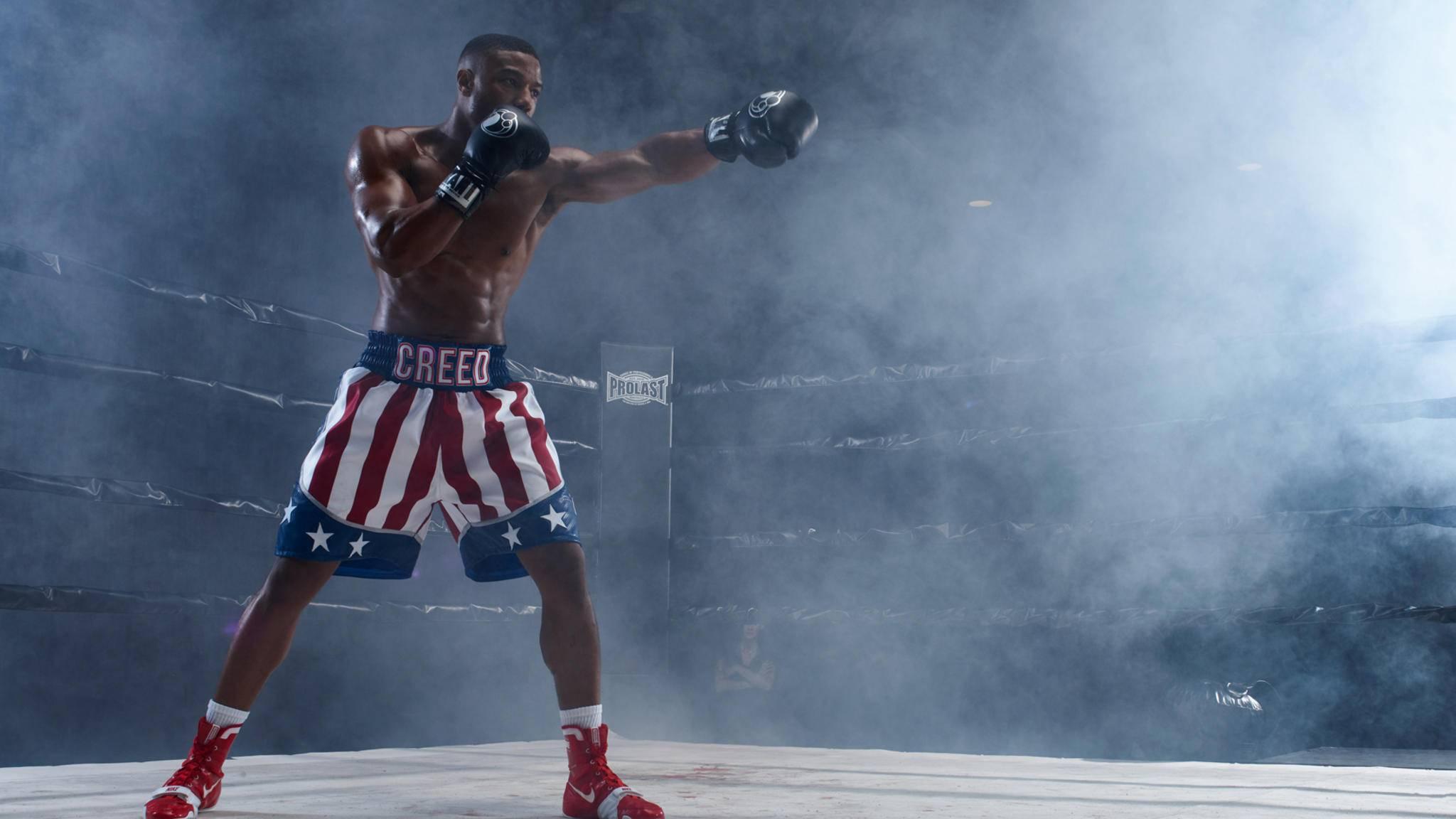 """Michael B. Jordan kämpft als Adonis mit allen Mitteln. So richtig überzeugen konnte uns das """"Creed""""-Sequel trotzdem nicht."""