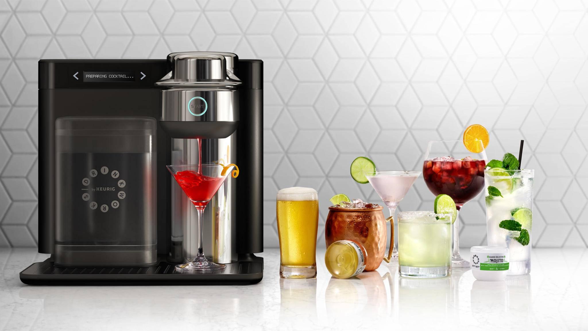 Die Drinkworks Home Bar serviert Dir Dein Lieblingsgetränk auf Knopfdruck.