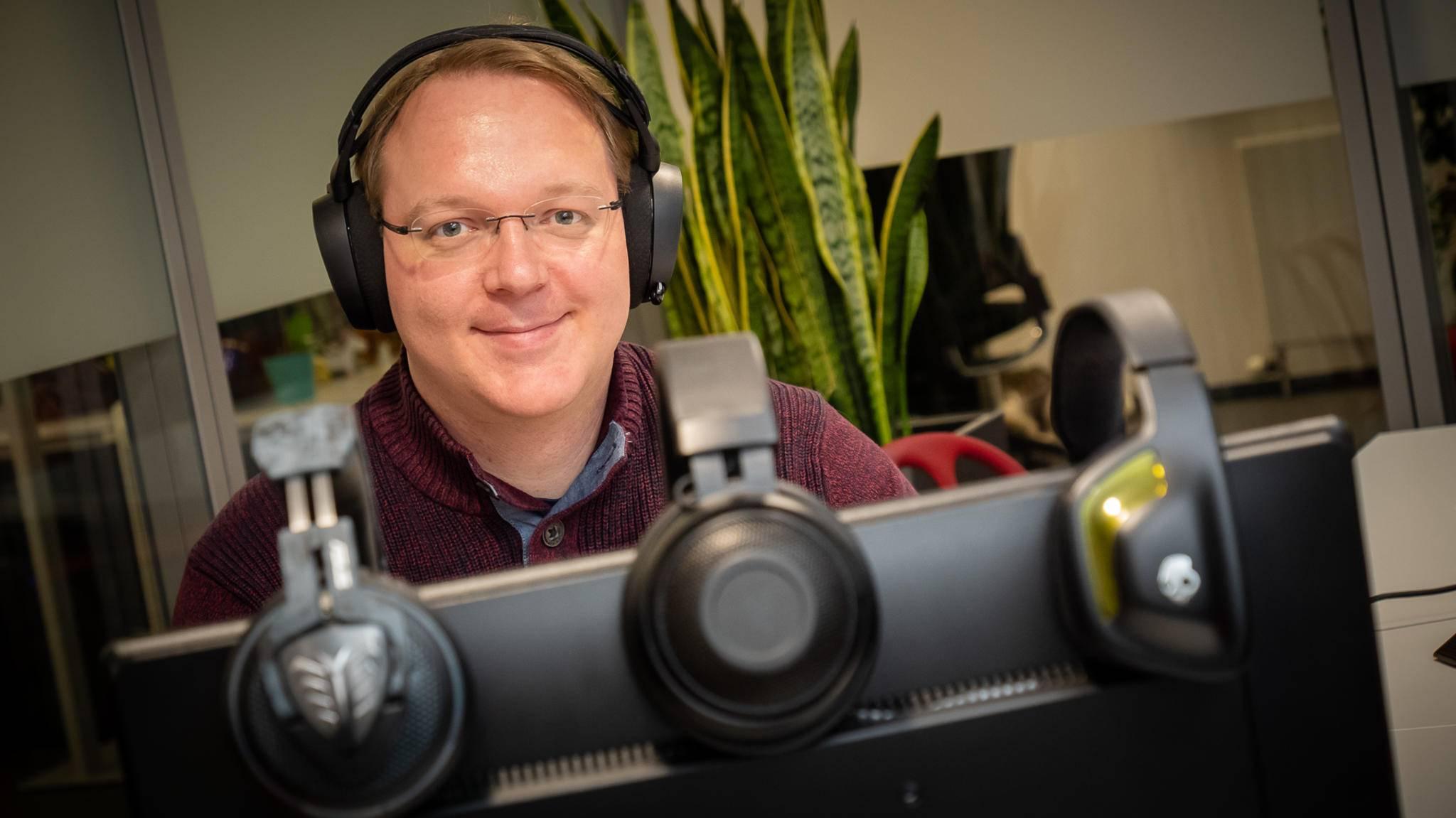Bei TURN-ON-Redakteur Andreas haben sich über die Jahre einige Gaming-Headsets angesammelt.