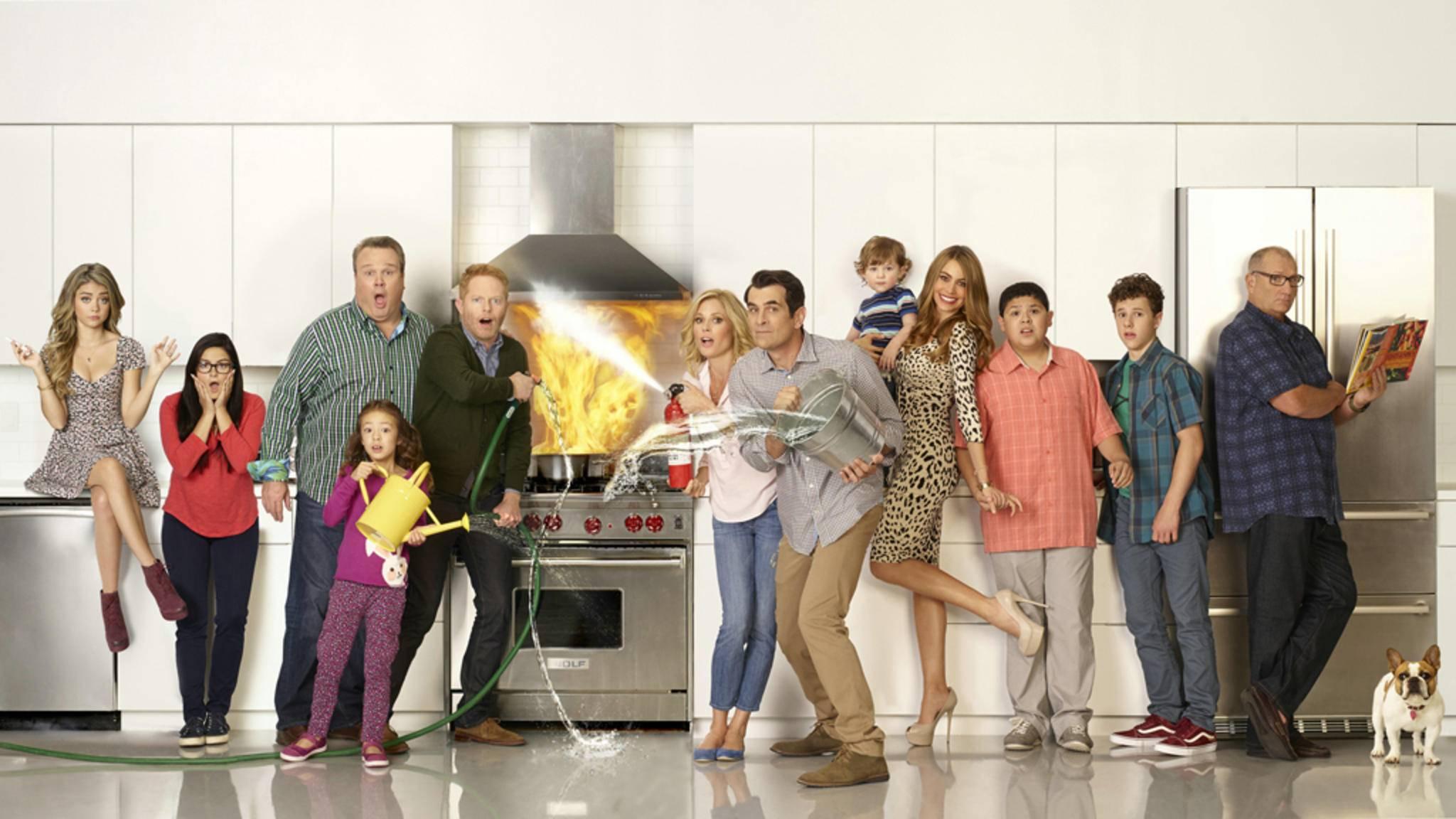 """Wer nach 10 Staffeln """"Modern Family"""" noch immer für den Familien-Trubel brennt, findet bei uns Nachschub!"""