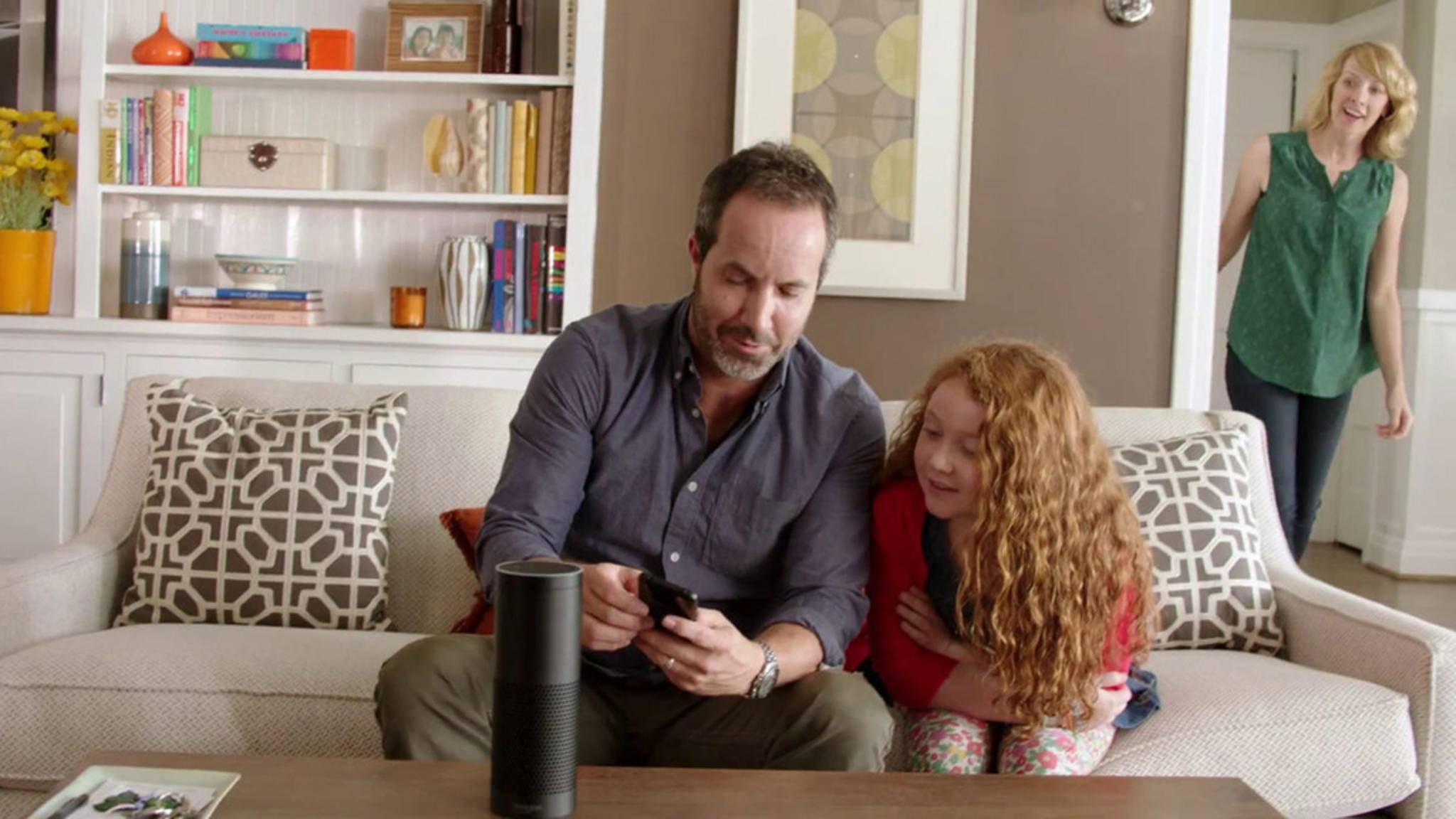 Deine Einkaufsliste kannst Du bequem am Wohnzimmertisch erstellen – per Alexa.