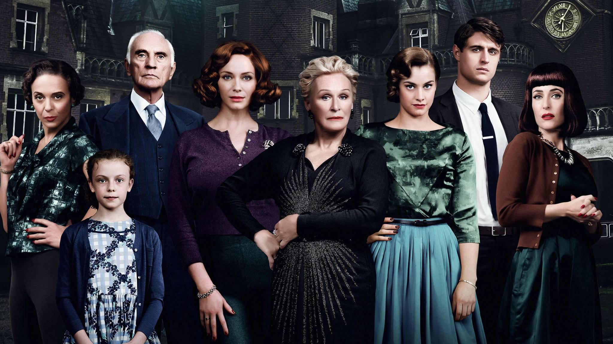 """Der Krimi """"Das krumme Haus"""", der gerade im Kino läuft, beruht auf einem Buch von Agatha Christie."""