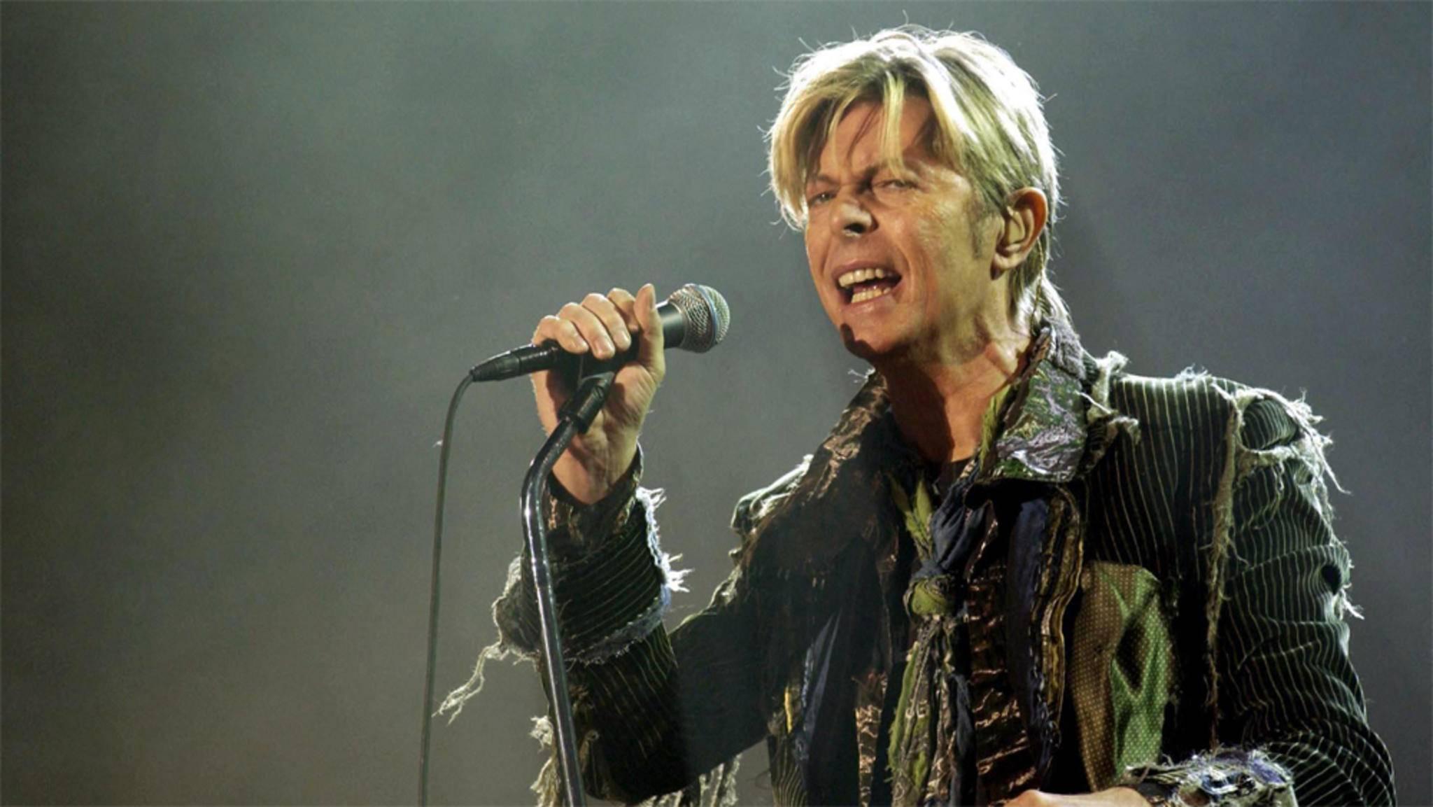 """Nach Freddie Mercury in """"Bohemian Rhapsody"""" könnte auch David Bowie ein filmisches Denkmal gesetzt werden."""