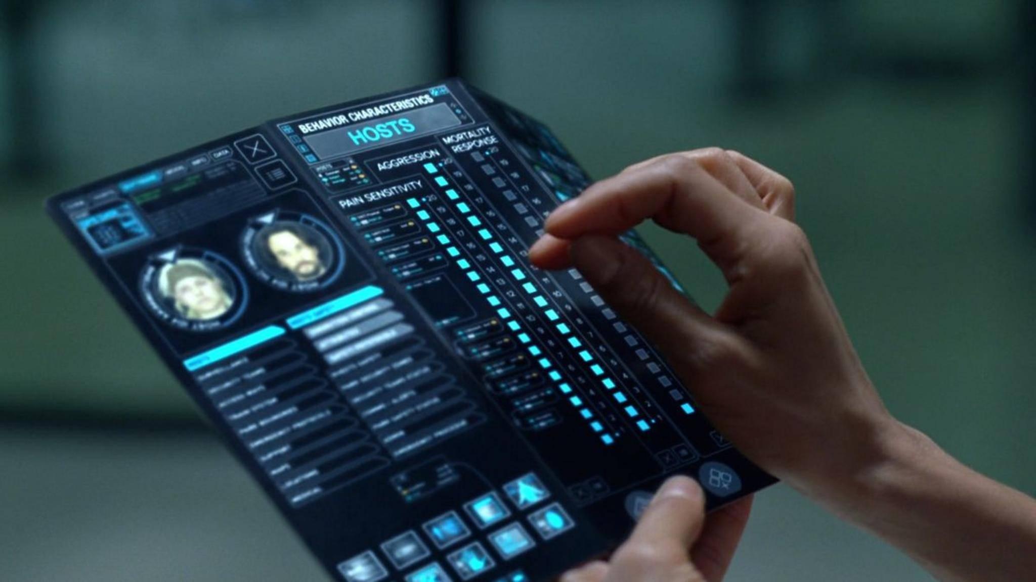 """In der Sci-Fi-Serie """"Westworld"""" sehen Smartphones so aus."""