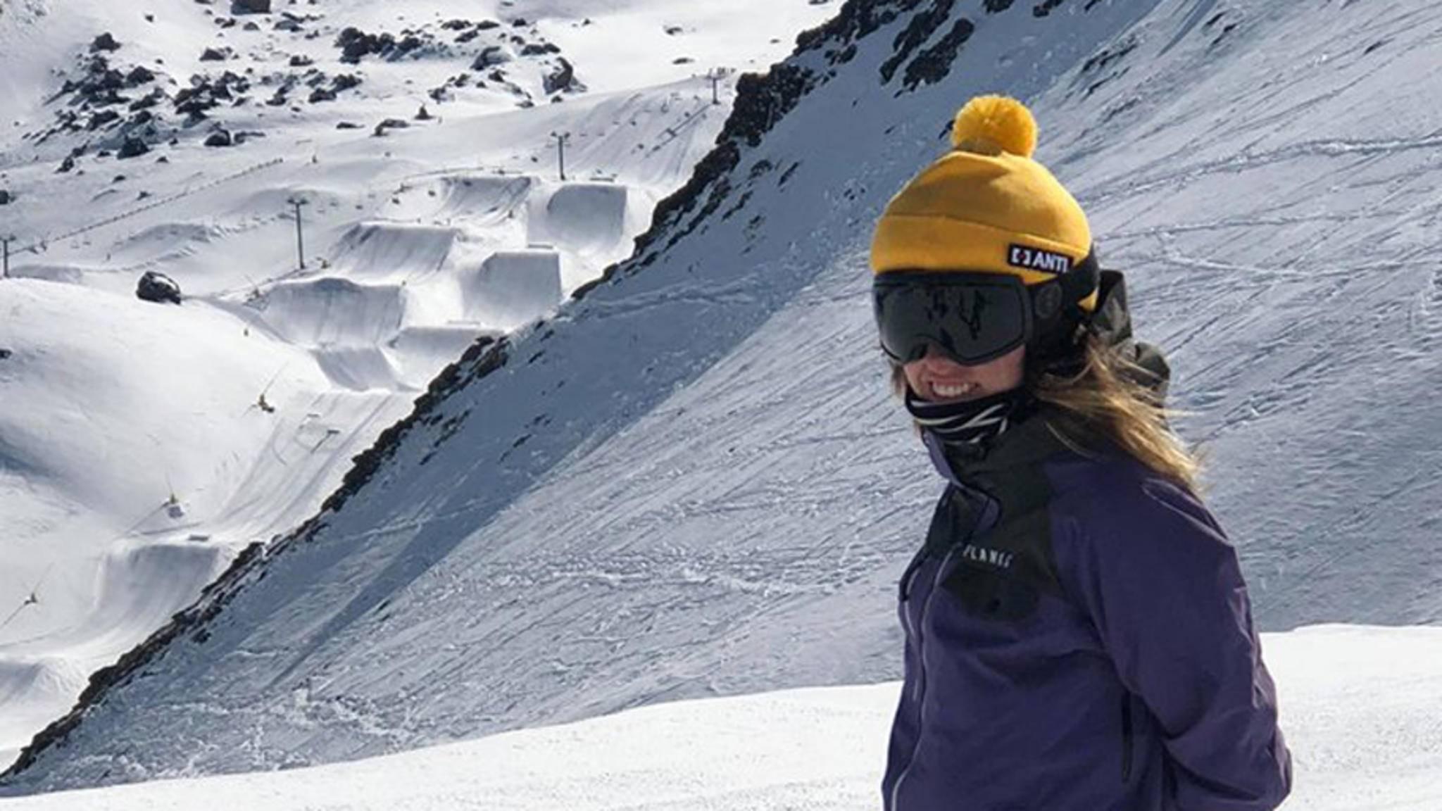 Hinter der Mütze Anti vermutet wohl niemand einen schützenden Helm.