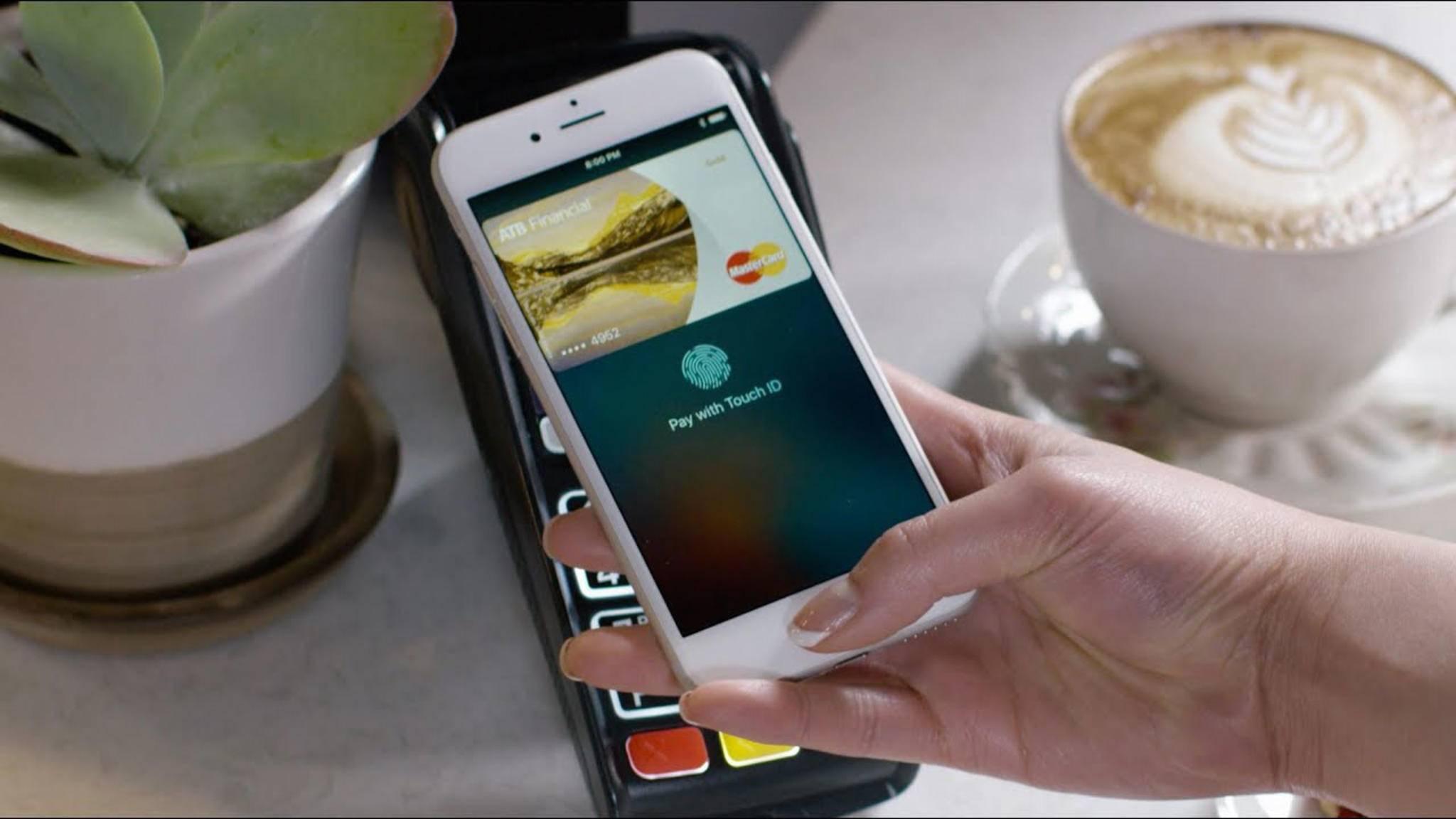 Noch in diesem Jahr werden Kunden der Sparkasse Apple Pay nutzen können.
