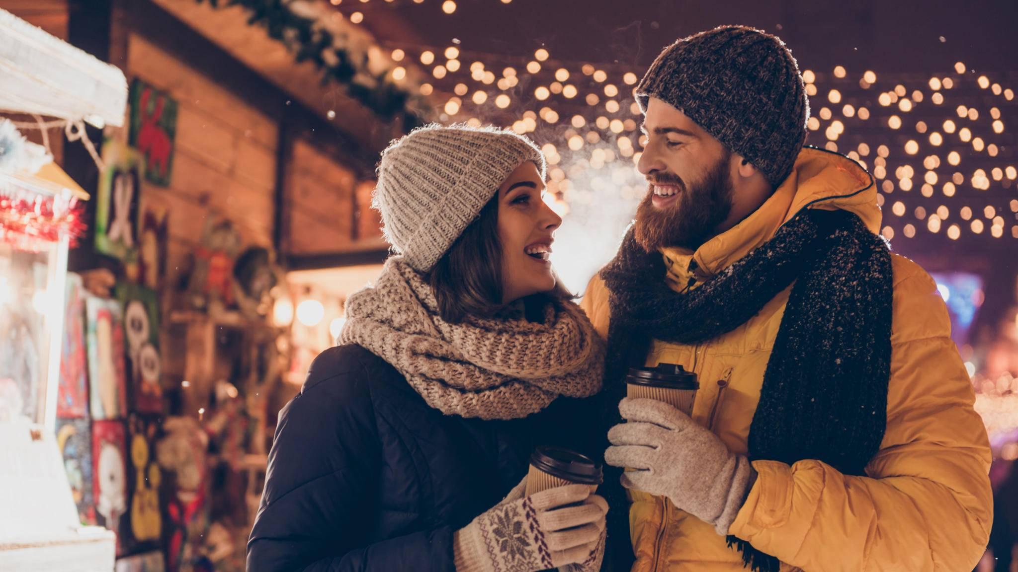 Weihnachtsmarkt weihnachten paar