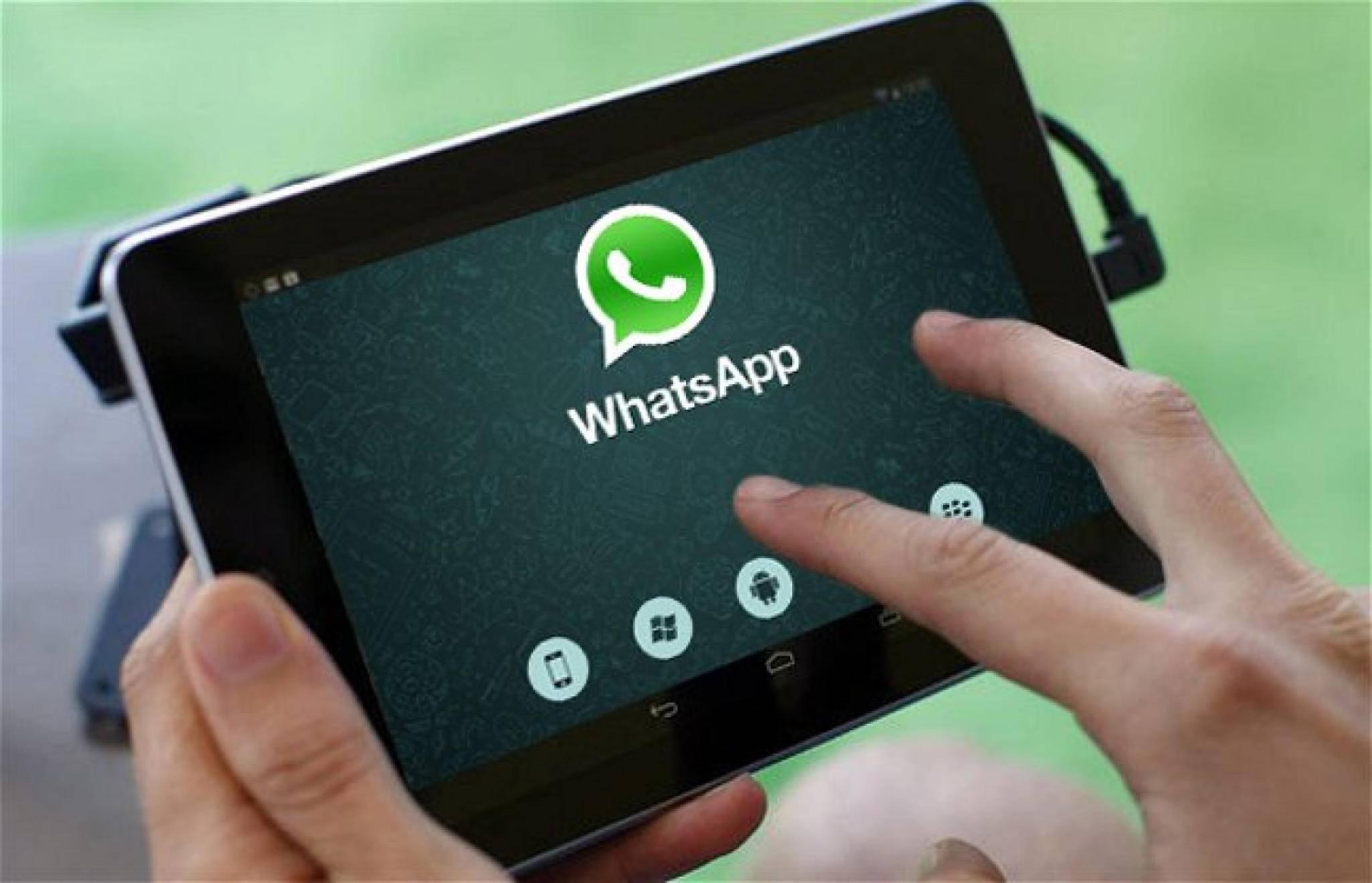 WhatsApp auf Android-Tablets – das funktioniert demnächst wohl offiziell über den Play Store.