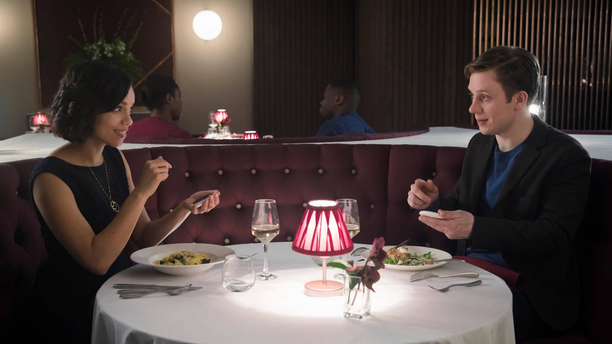 """Dating fast wie bei """"Black Mirror"""" bietet eine neue Anwendung namens Juliet."""