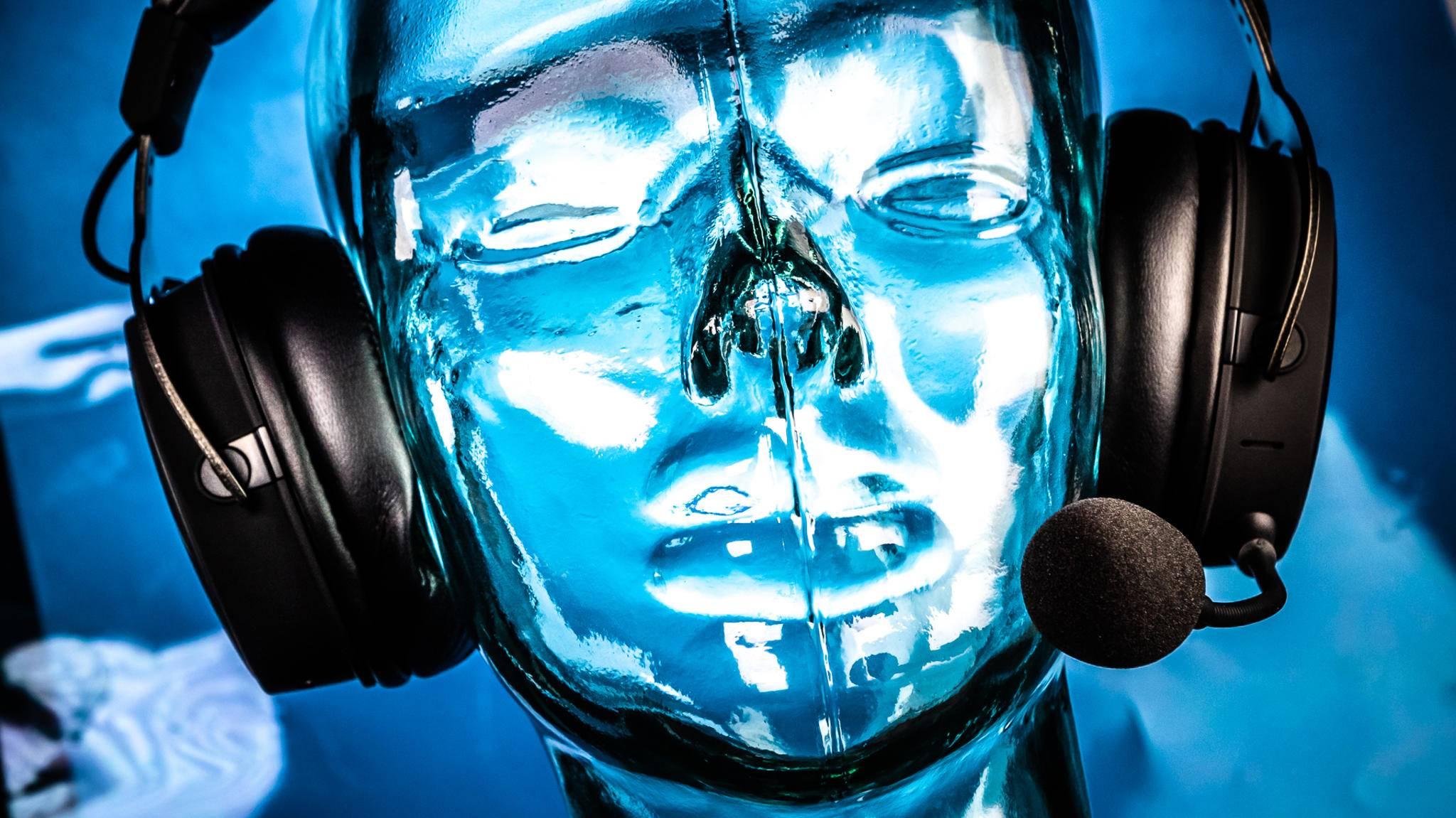 Das HyperX Cloud Mix dient zum Zocken und zum Musikhören im Bluetooth-Einsatz.