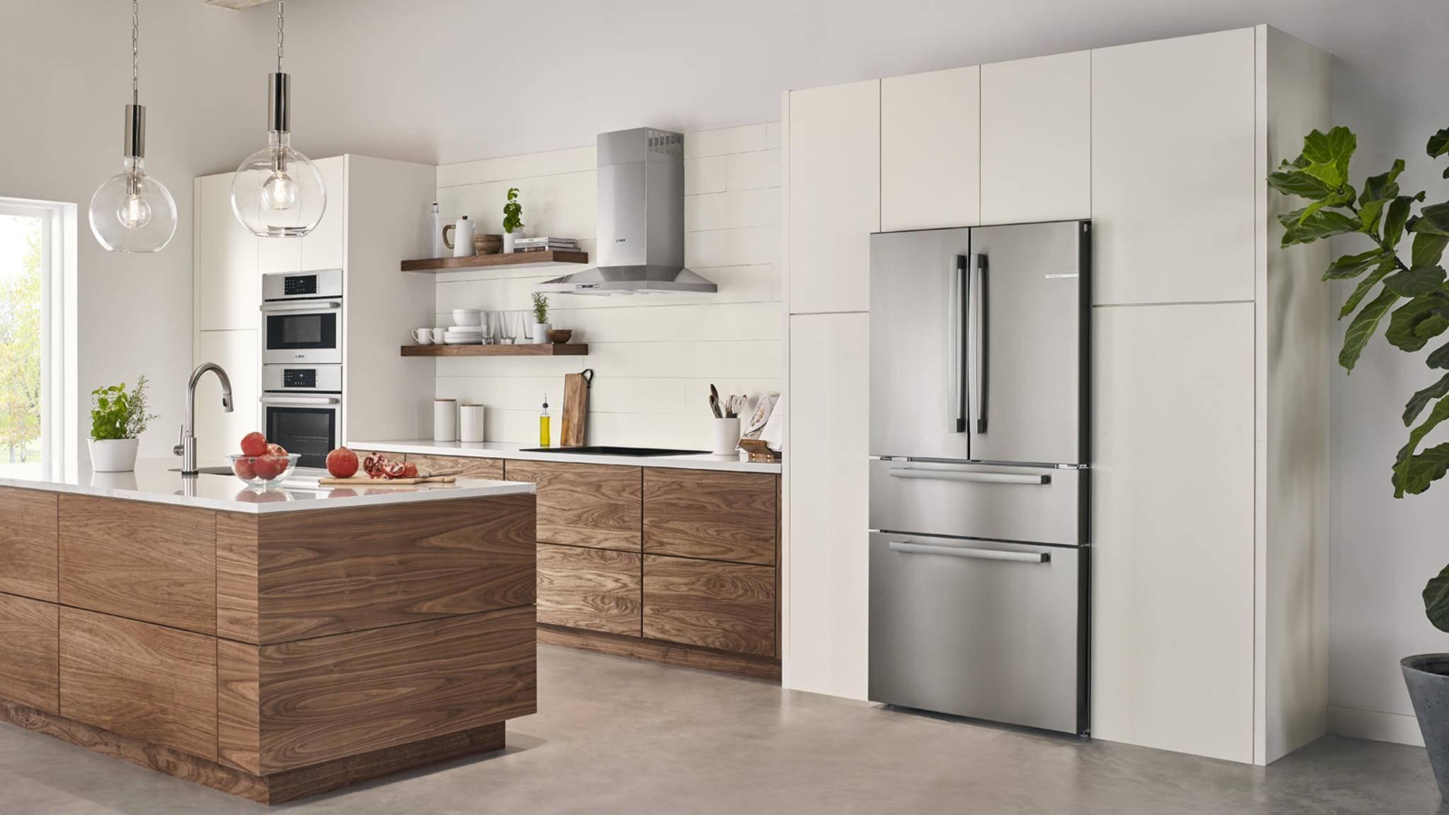 Das Design der French-Door-Kühlschränke fügt sich in jede Küche nahtlos ein.