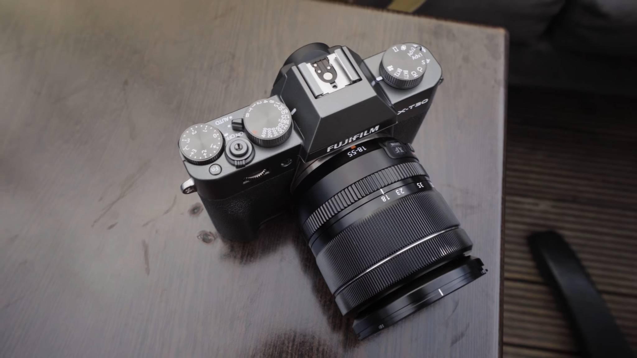 Die Fujifilm X-T30 beerbt die beliebte Mittelklasse-DSLM X-T20.