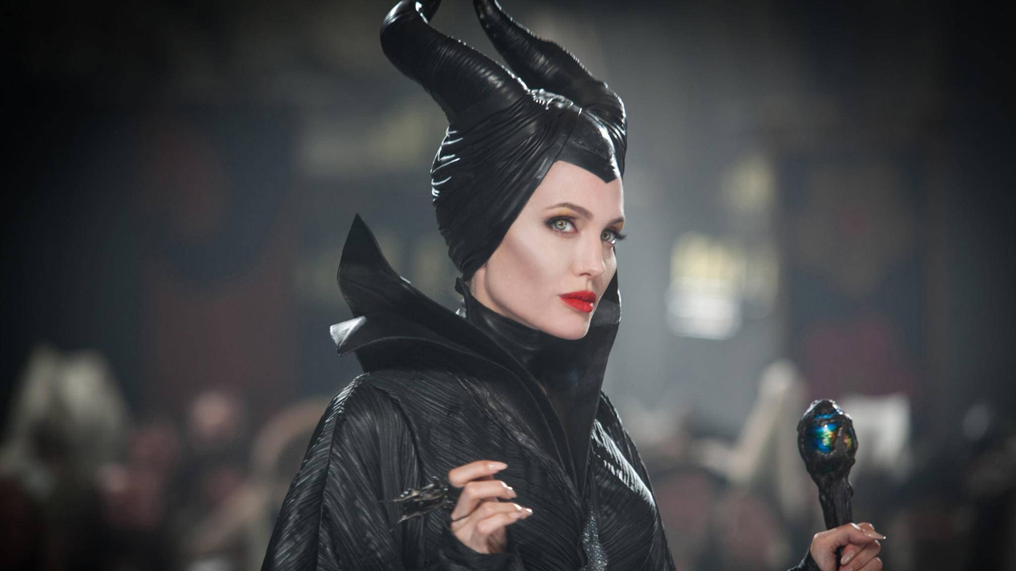Extrovertierte Charaktere? Damit hat Angelina Jolie bereits Erfahrung.