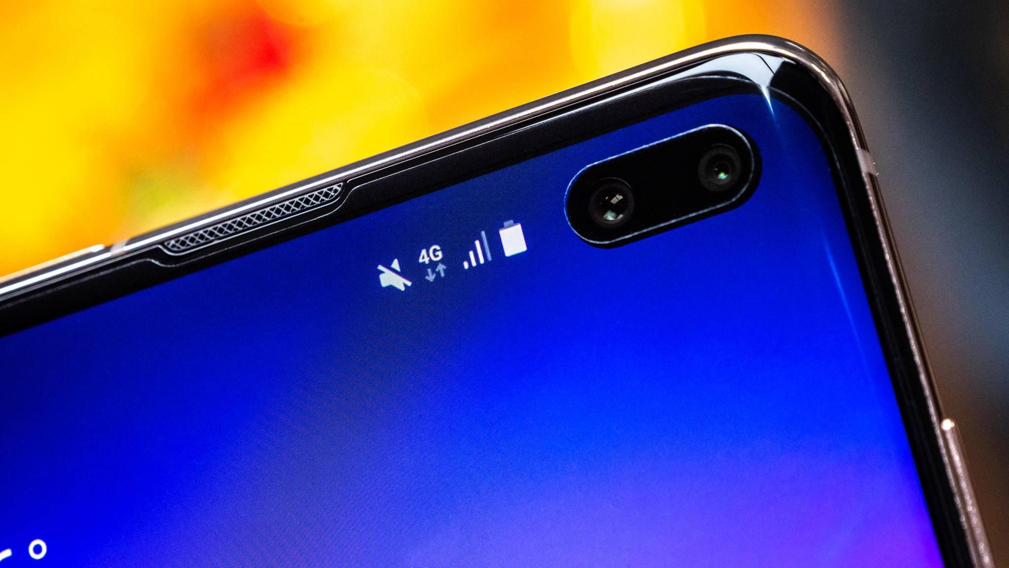 Bei der Galaxy-S10-Serie steckt die Selfiekamera noch in einem Loch im Display.