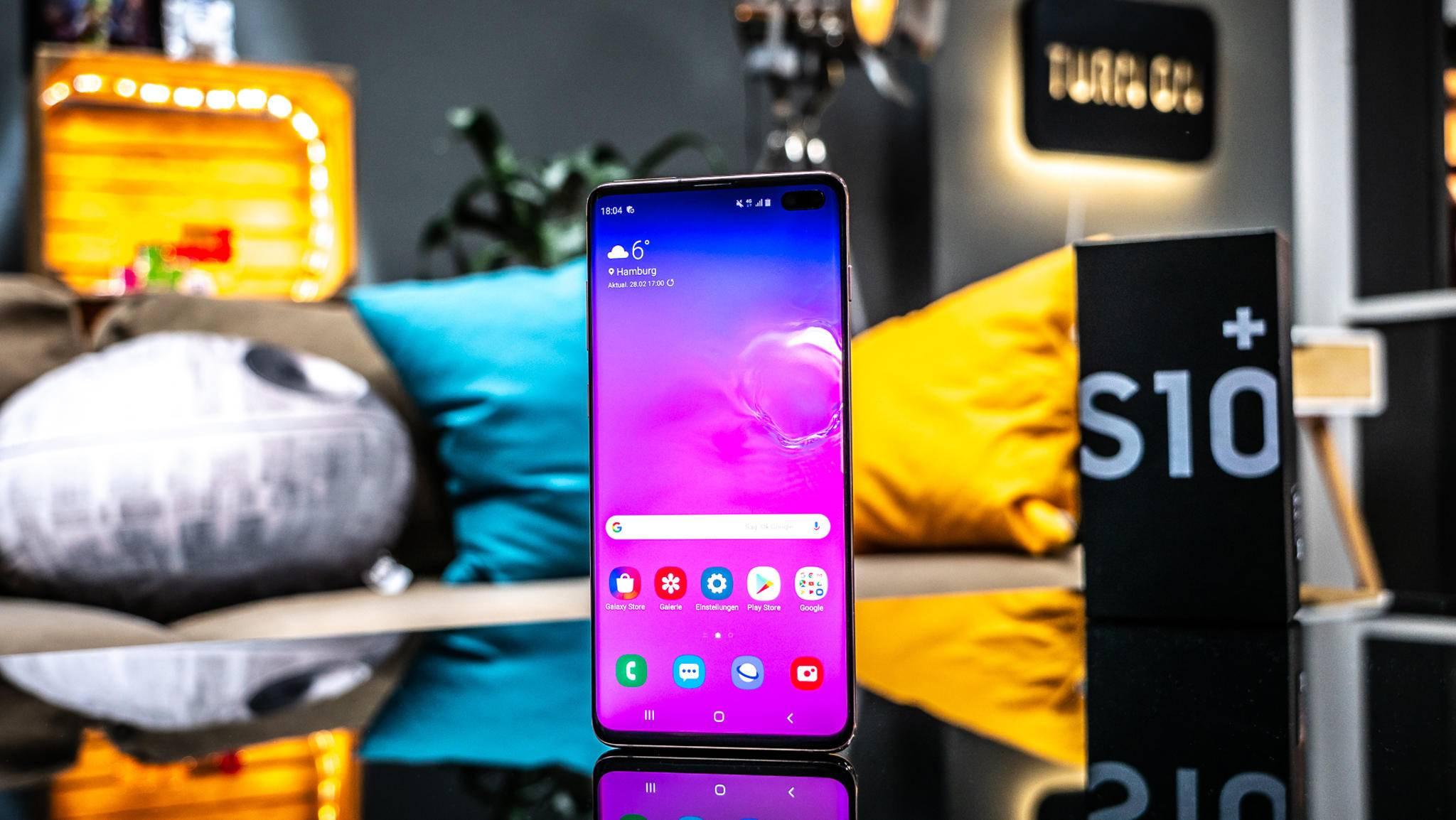 Android Q wird auf Galaxy-Geräten mit einer neuen Version von Samsungs Benutzeroberfläche One UI ausgestattet (im Bild das Galaxy S10 Plus).