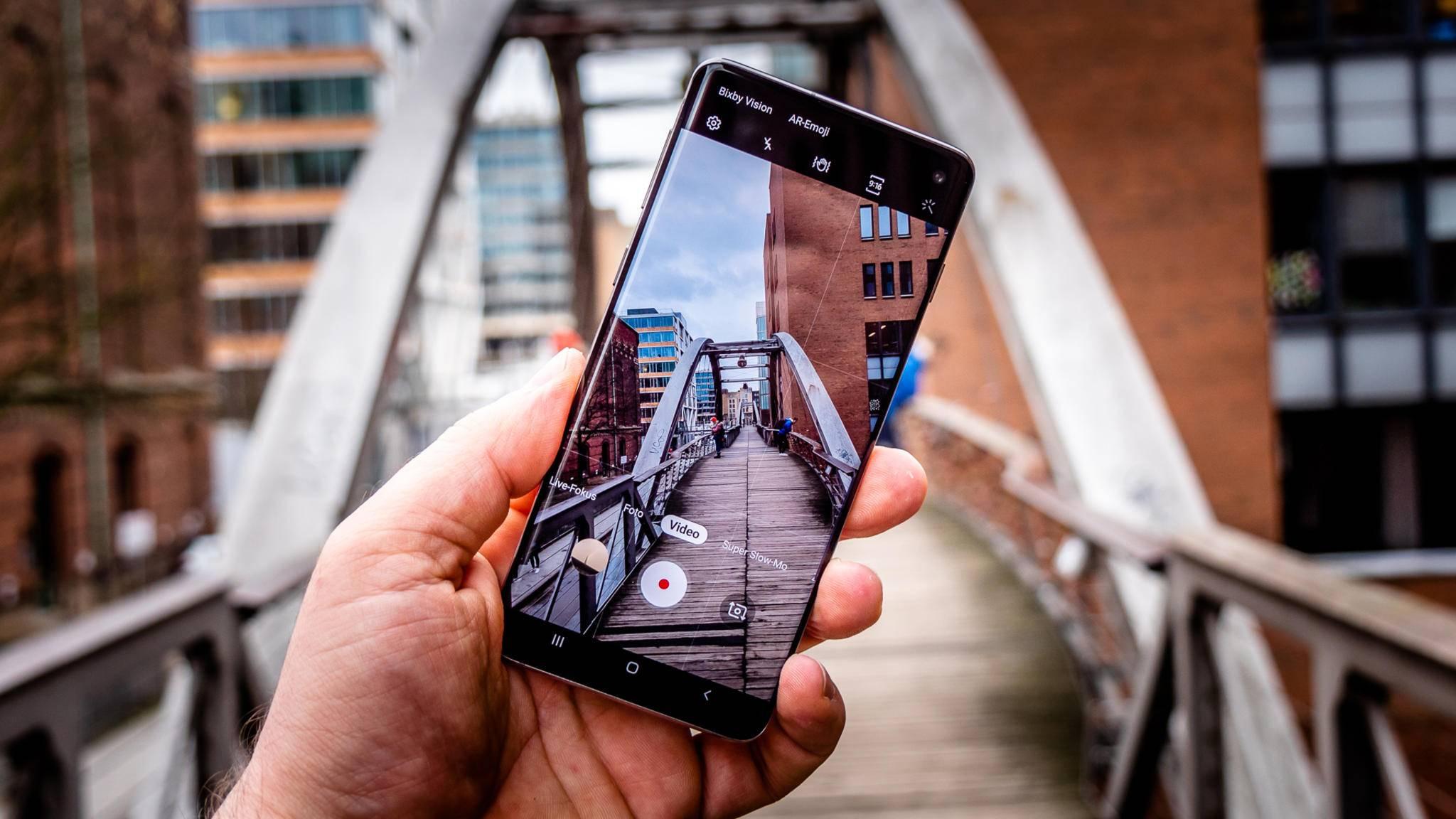 Beim Samsung Galaxy S10 ist der Fingerabdrucksensor im Display verbaut.