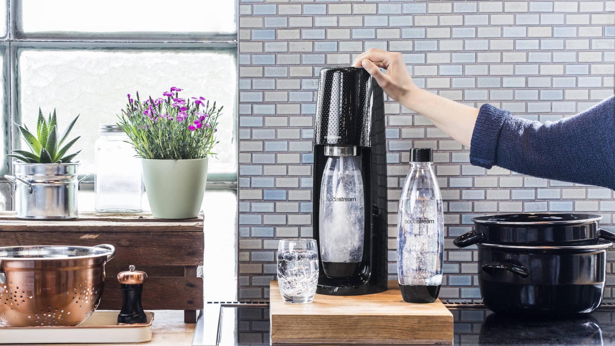 Trinkwassersprudler sind eine umweltfreundliche Alternative zu Flaschenwasser.
