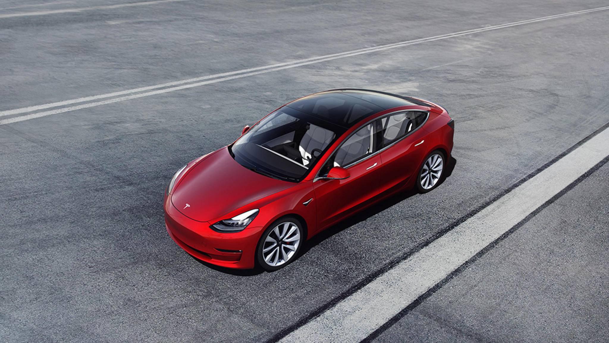 Hoppelt das Tesla Model 3 bald im Kokosnss-Galopp an?