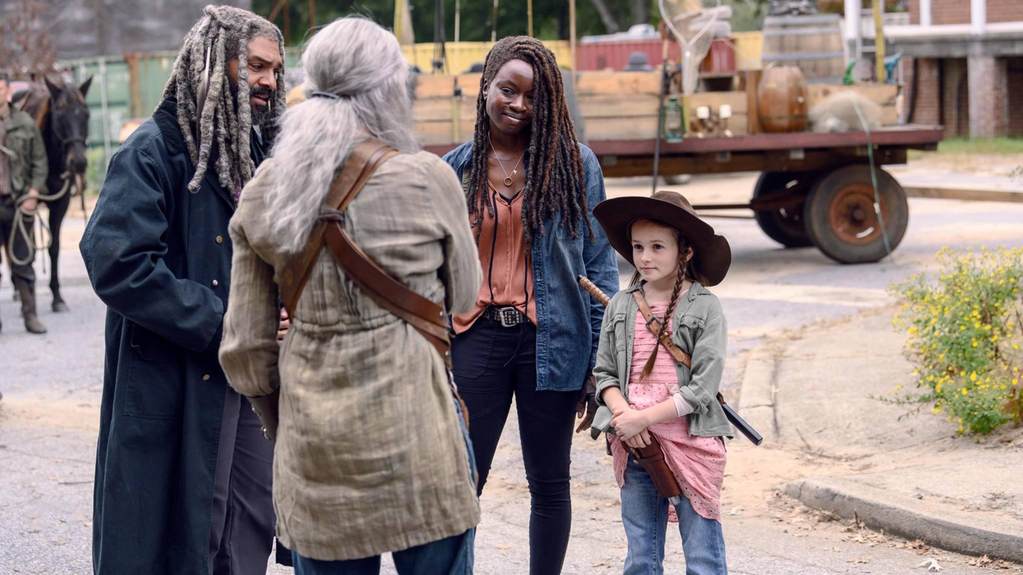 In Staffel 10 verbringt Michonne besonders viel Zeit mit Judith.