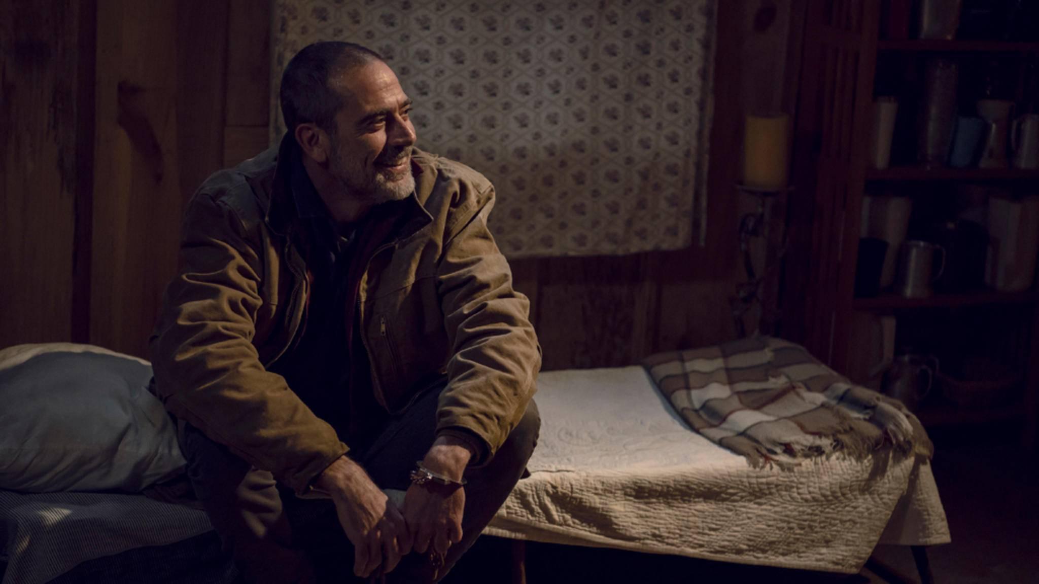 Negan freut sich: Endlich steht der Starttermin von Staffel 10 fest!