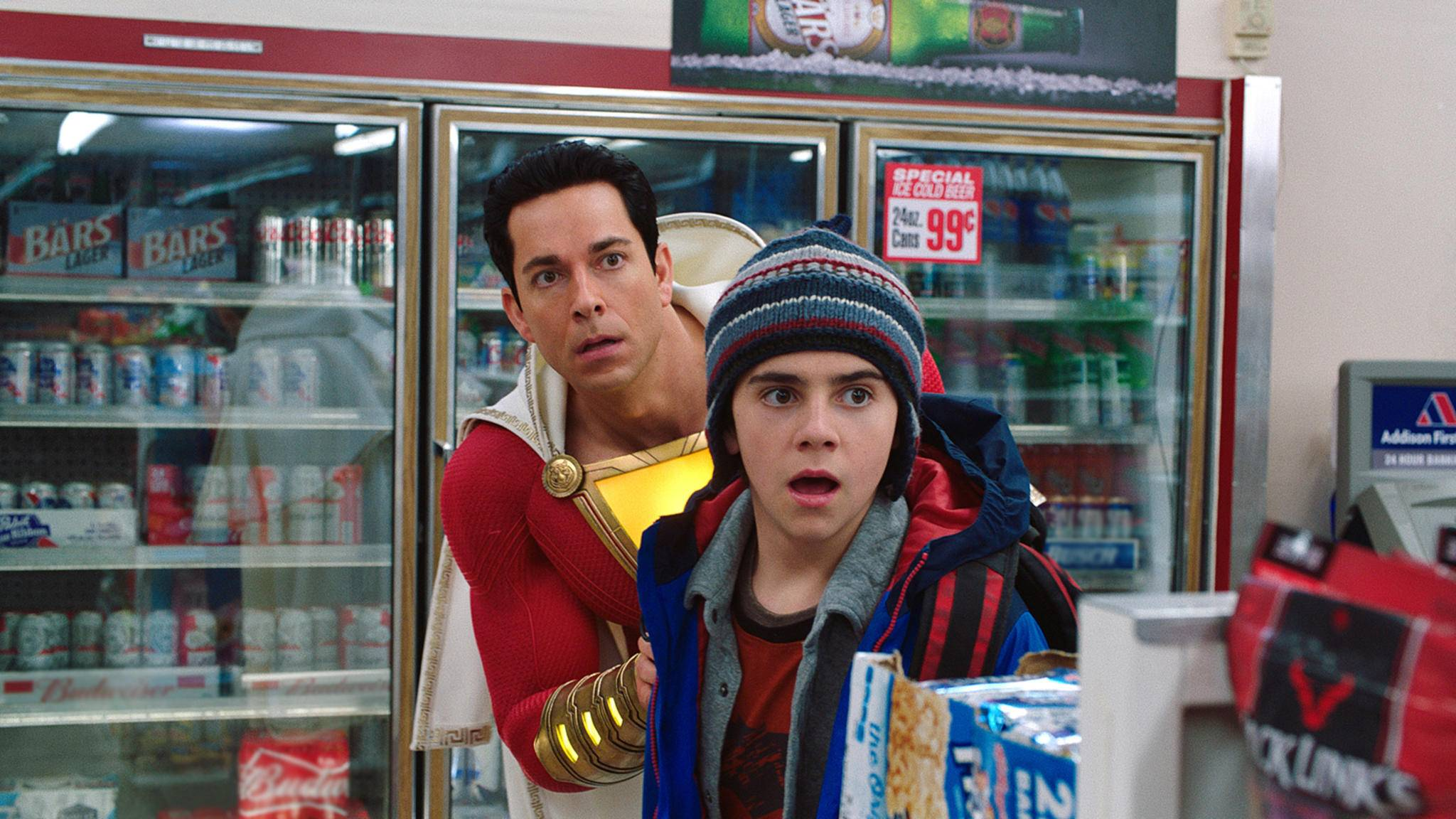 """""""Versteck mich vor den Marvel-Hardlinern!"""" Zachary Levi lief zum Konkurrenten DC über."""