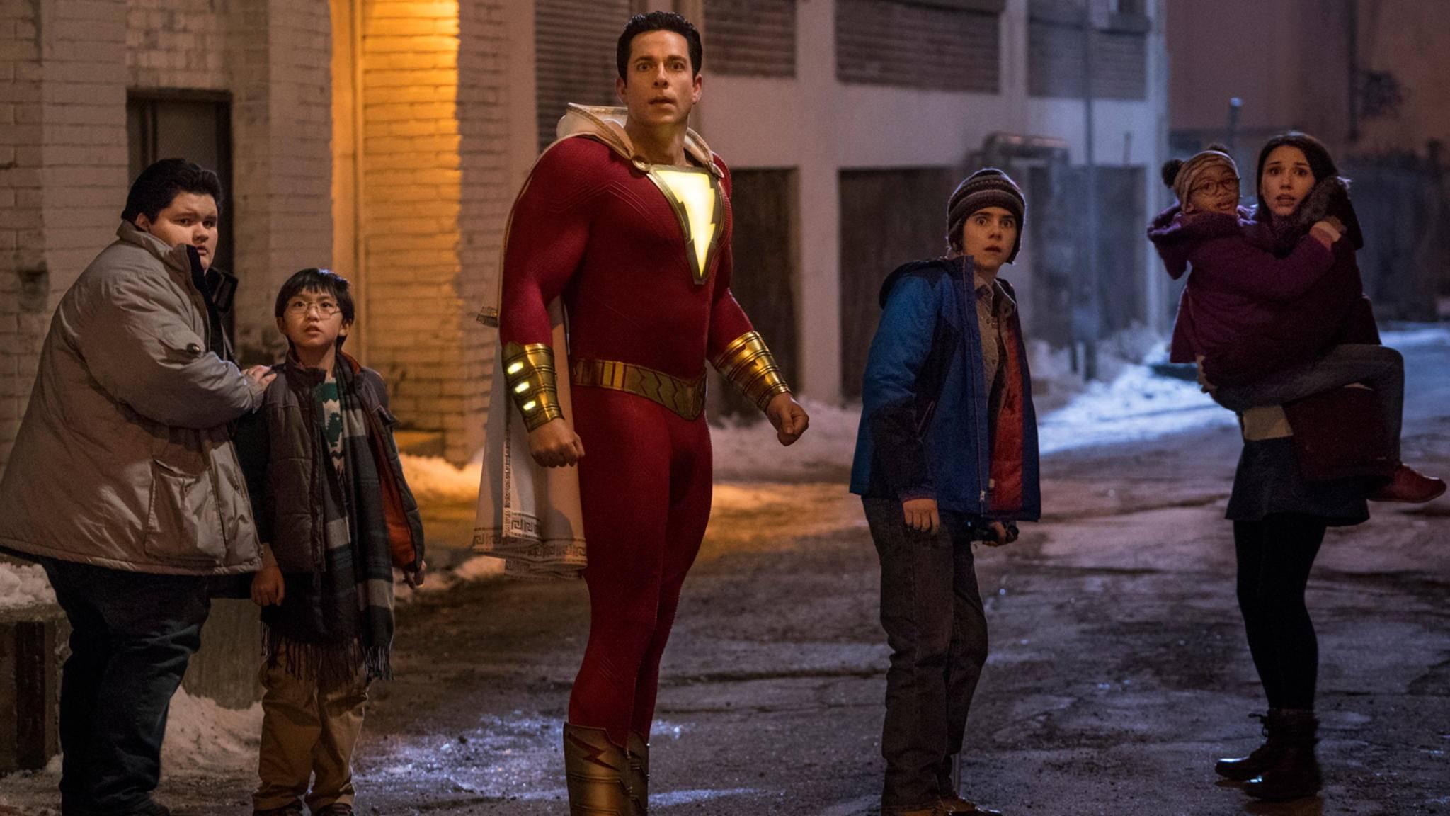 """Die """"Shazam!""""-Familie: Der neue DC-Held kommt nicht allein."""