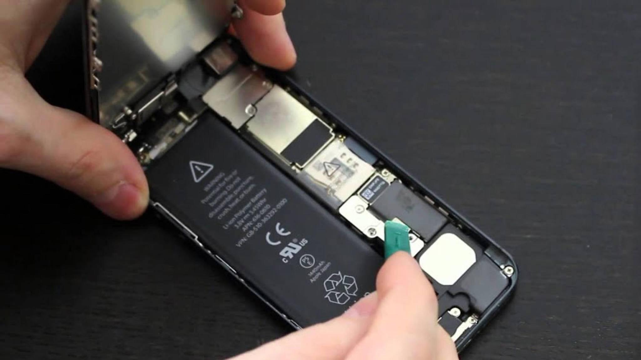 Akkus von Drittanbietern will Apple bei Reparaturen jetzt ignorieren.