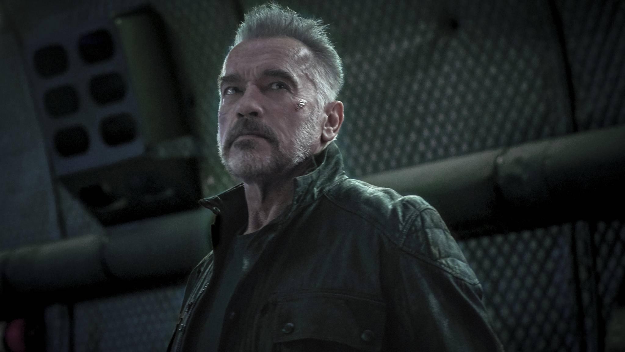 """I'll be ... a spy!"": Arnold Schwarzenegger dreht eine Agentenserie."