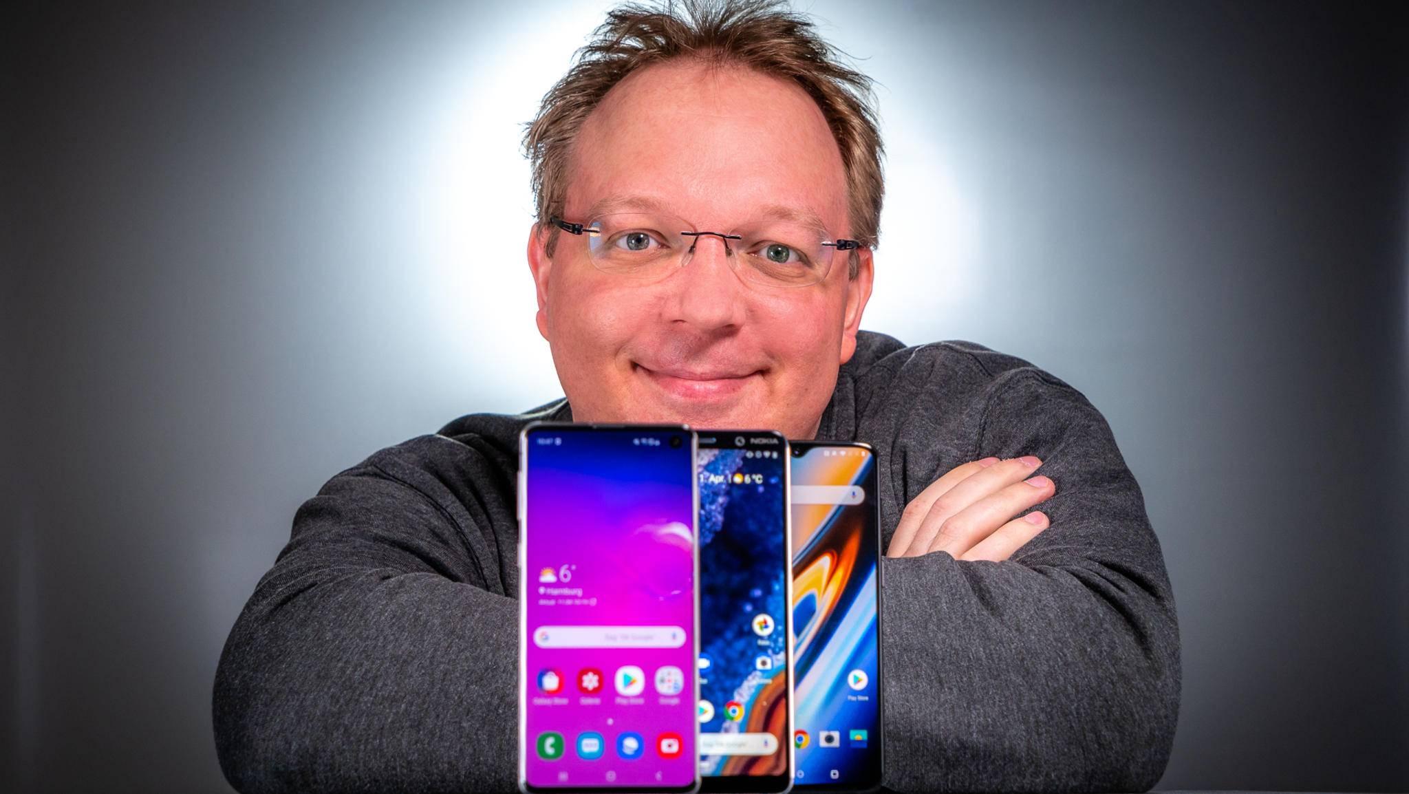 Da freut sich nicht nur Andreas: Flaggschiff-Smartphones gibt es nun standardmäßig mit hochwertigen OLED-Displays.