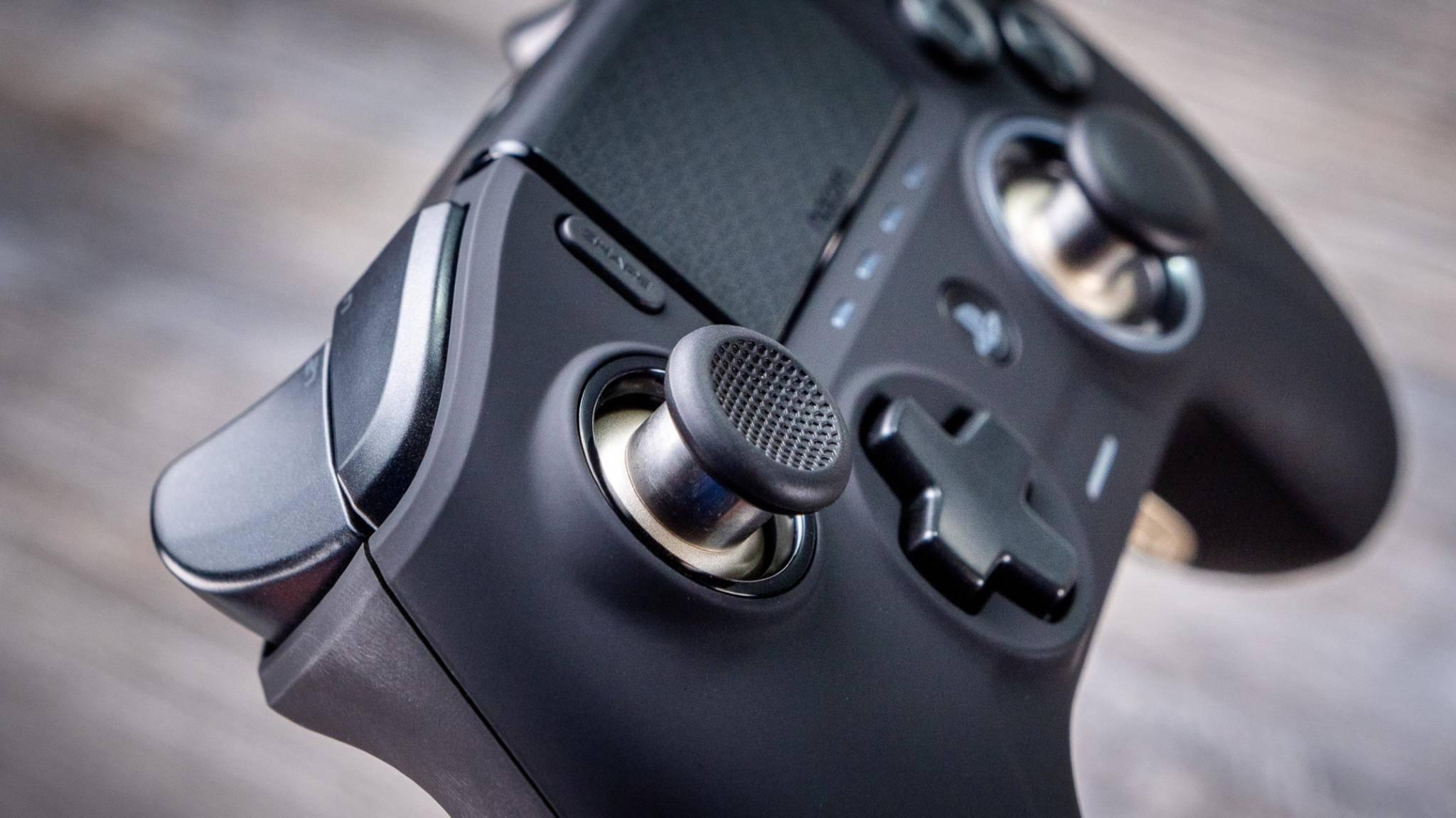 Endlich ohne Kabel: Der Nacon Revolution Unlimited Pro für die PS4.