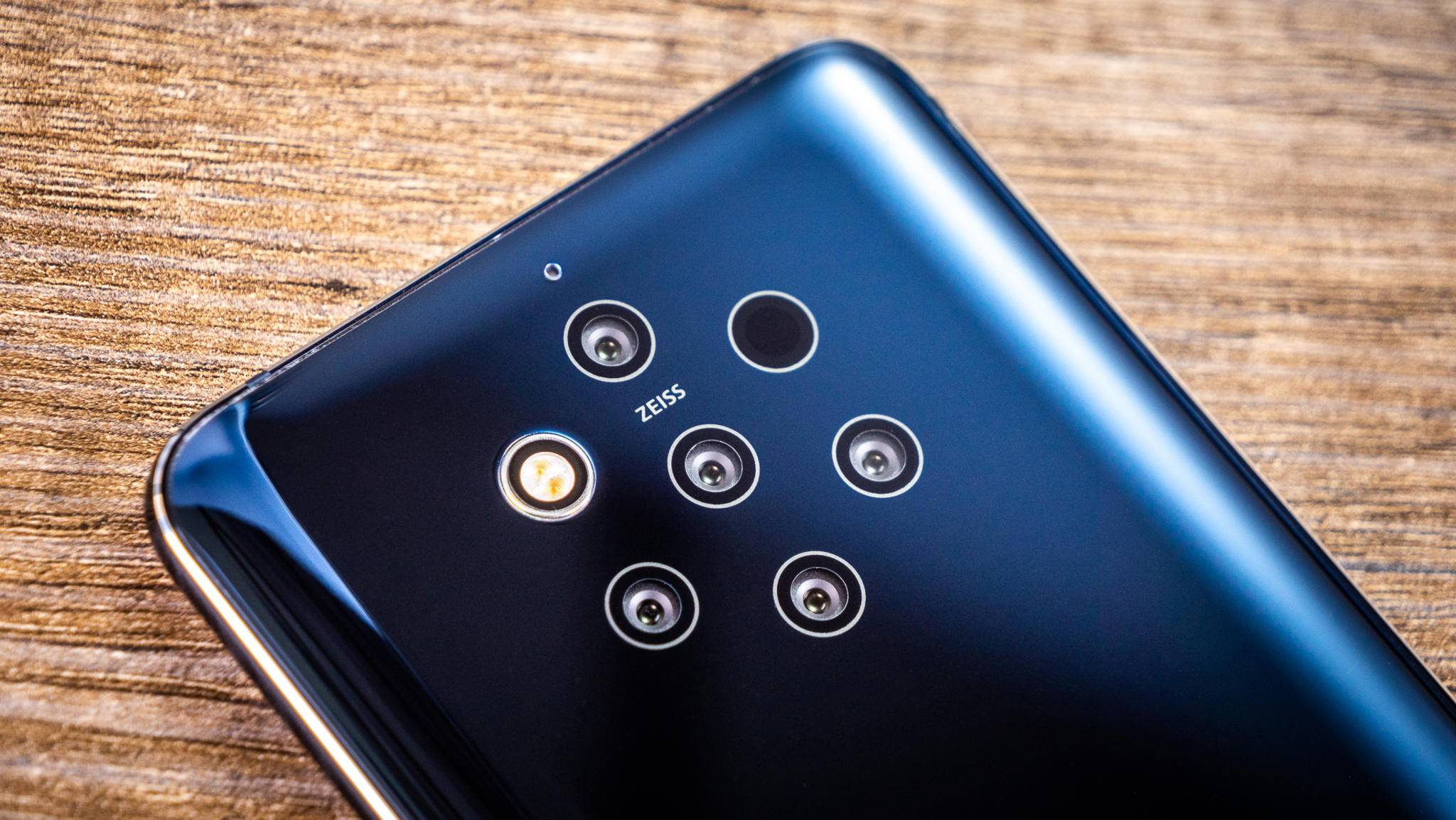 Das Nokia X60 könnte die Nachfolge des Nokia 9 PureView antreten.