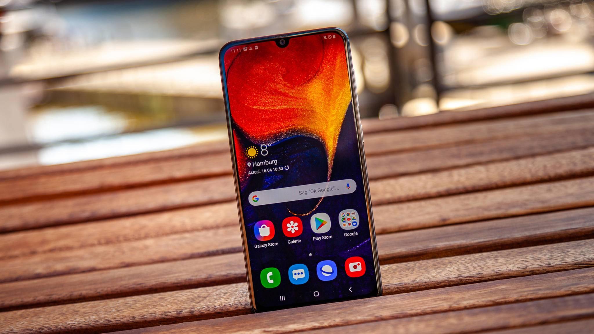 Das Galaxy A50 (Foto) und Galaxy A30 bieten viele nützliche Features.