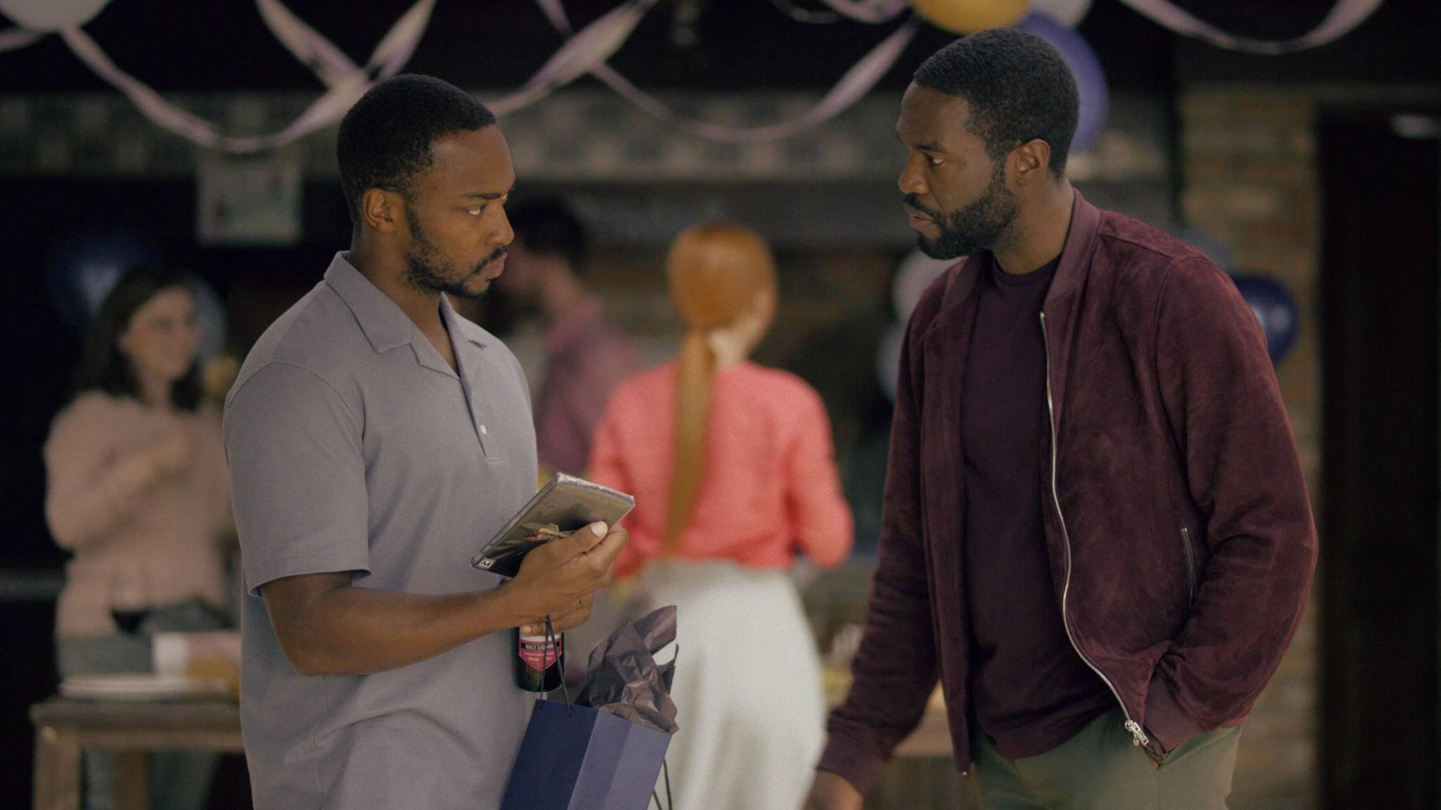 """Mit drei neuen Episoden startet """"Black Mirror"""" wieder auf Netflix durch. Aber lohnt sich Staffel 5?"""