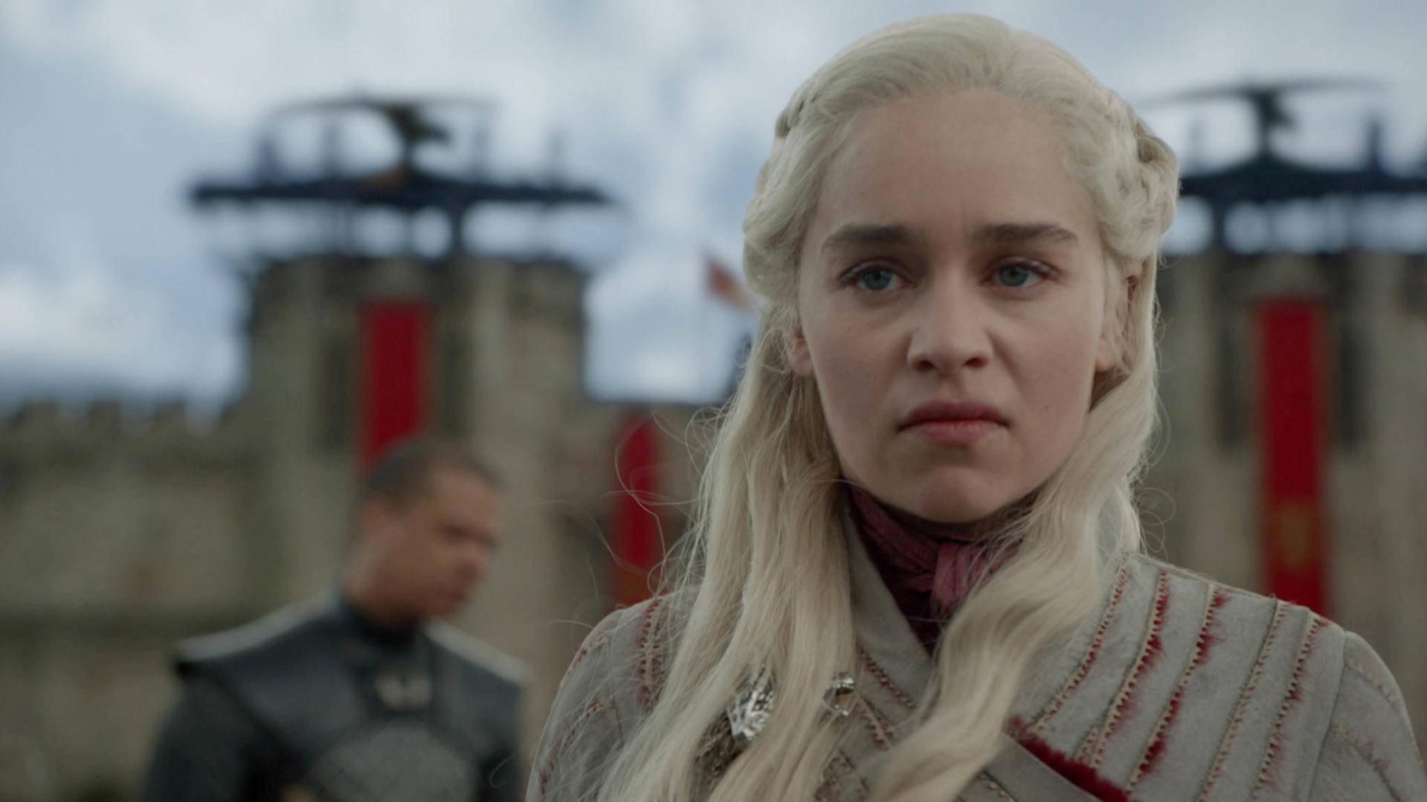 """Nach dem """"Game of Thrones""""-Finale hatte Emilia Clarke gehofft, dass man den Namen Targaryen ganz schnell vergisst. Pustekuchen!"""