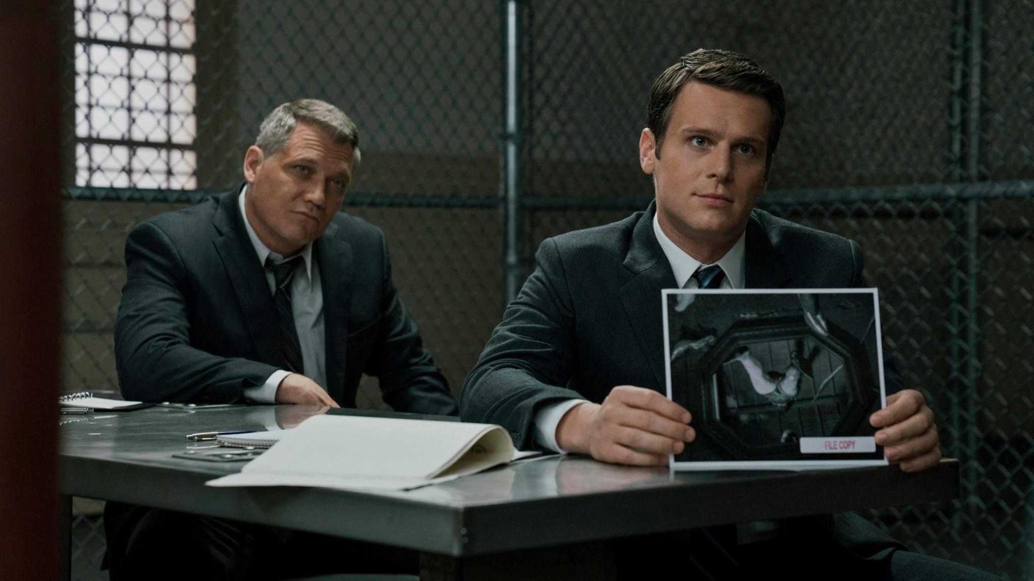 """In Staffel 2 von """"Mindhunter"""" dringen Ford und Trench wieder in die Psyche der Serienmörder vor."""