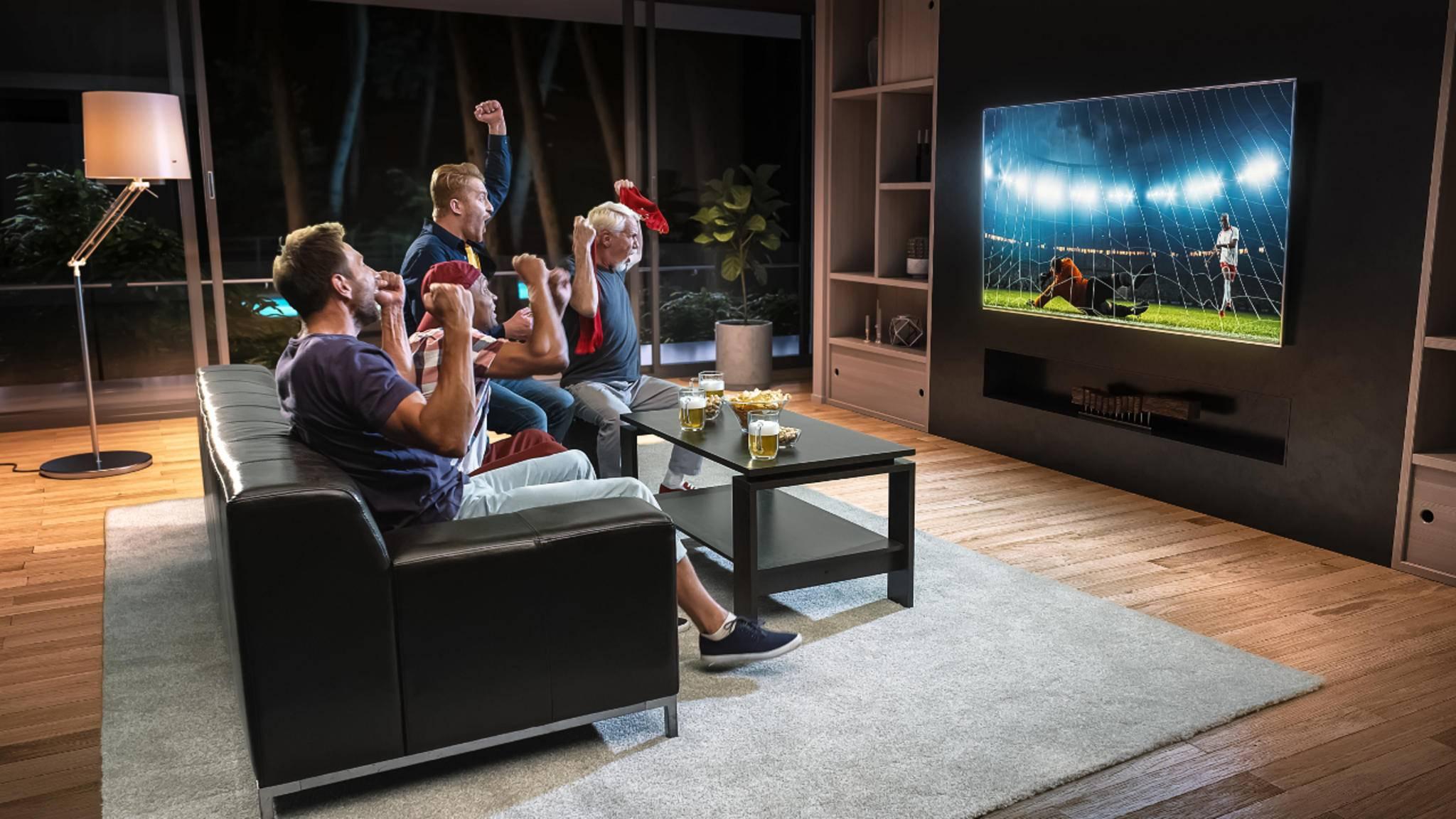 Grund zum Jubeln: Sky überträgt ausgewählte Bundesligaspiele am kommenden Wochenende live im Free-TV.
