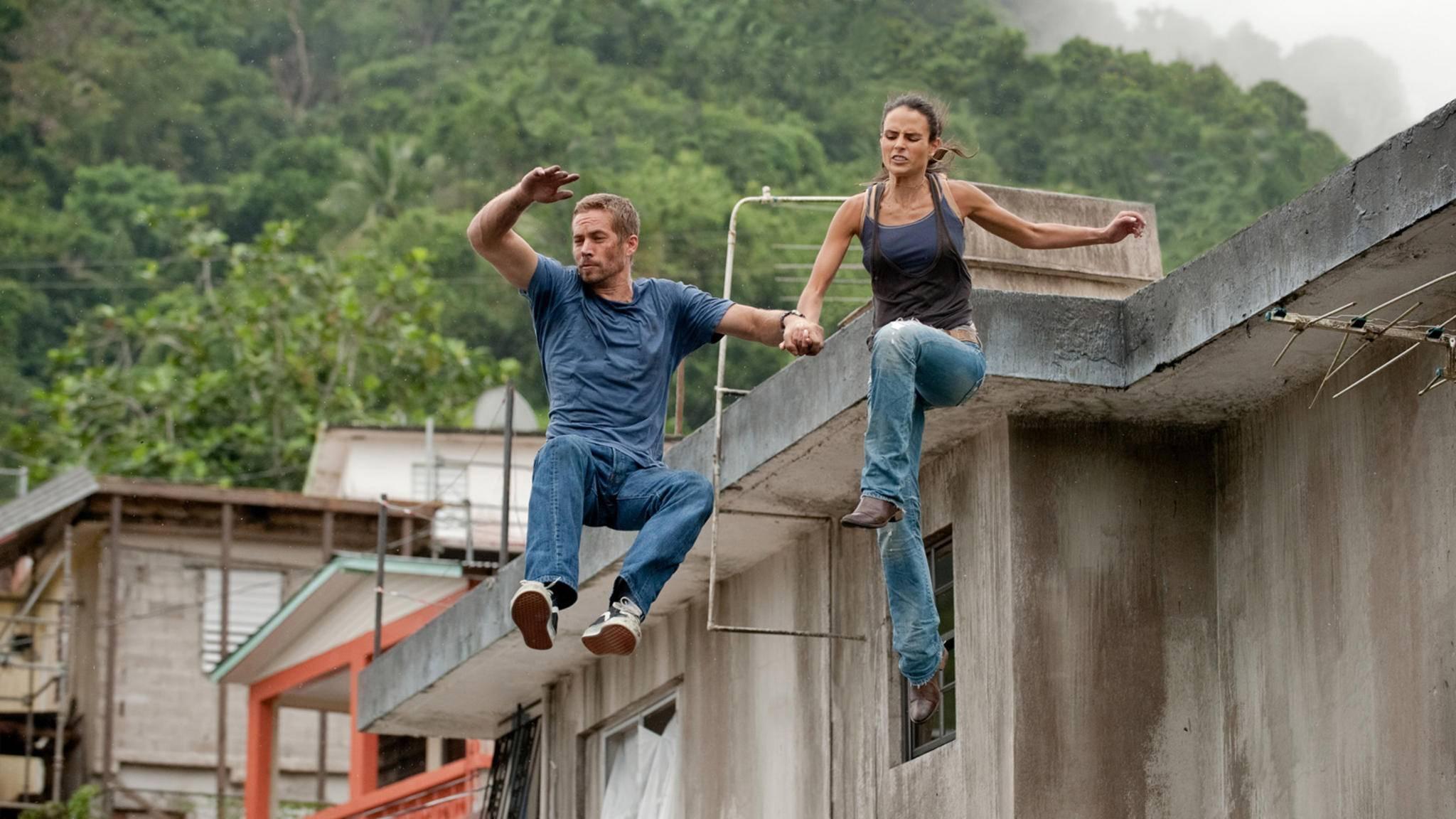 """Mit einem großen Satz zurück auf die Leinwand: Jordana Brewster (rechts im Bild) kehrt zu """"Fast & Furious"""" zurück!"""