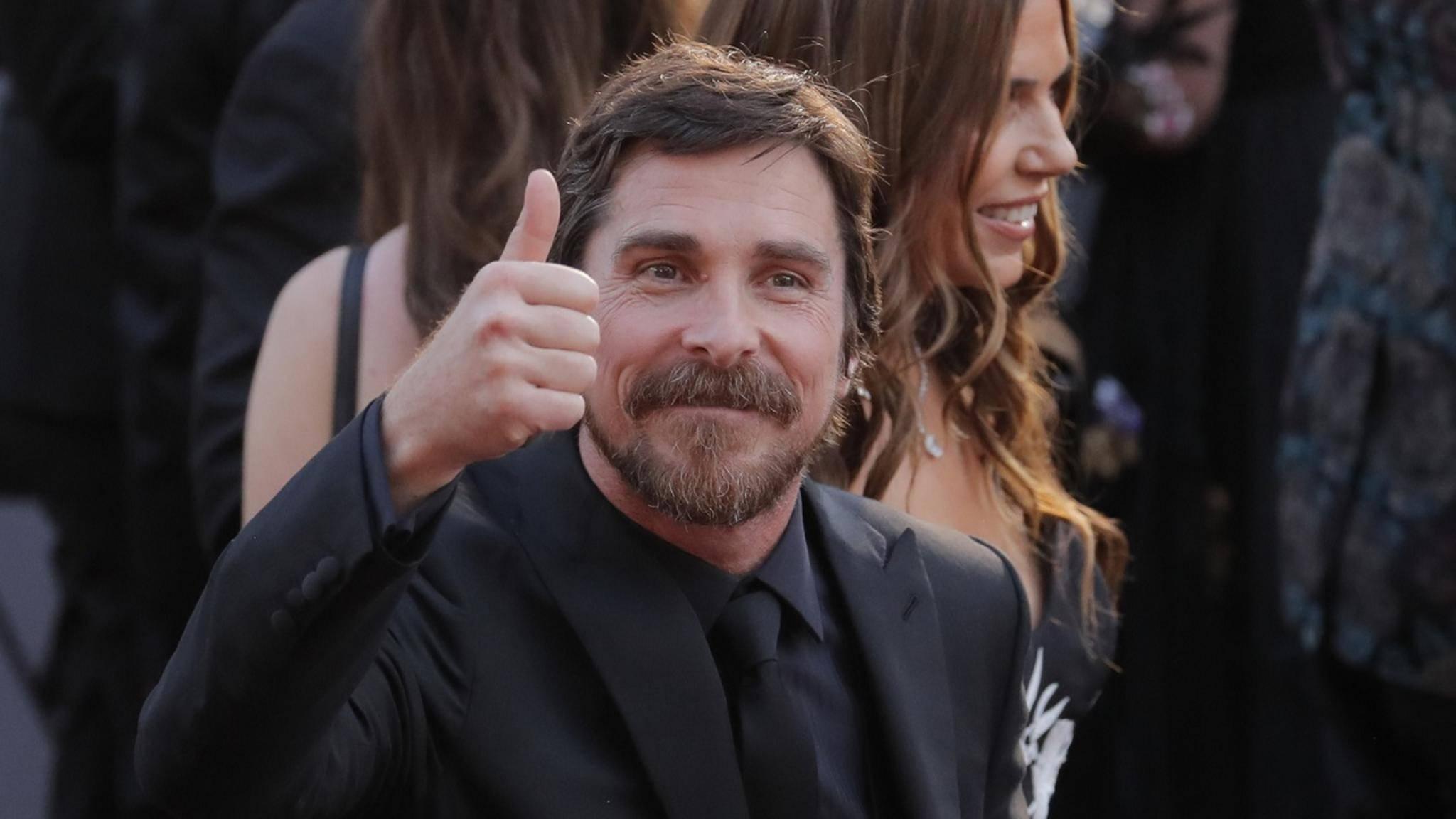 Ex-Batman Christian Bale freut sich offenbar auf seinen Marvel-Einsatz.