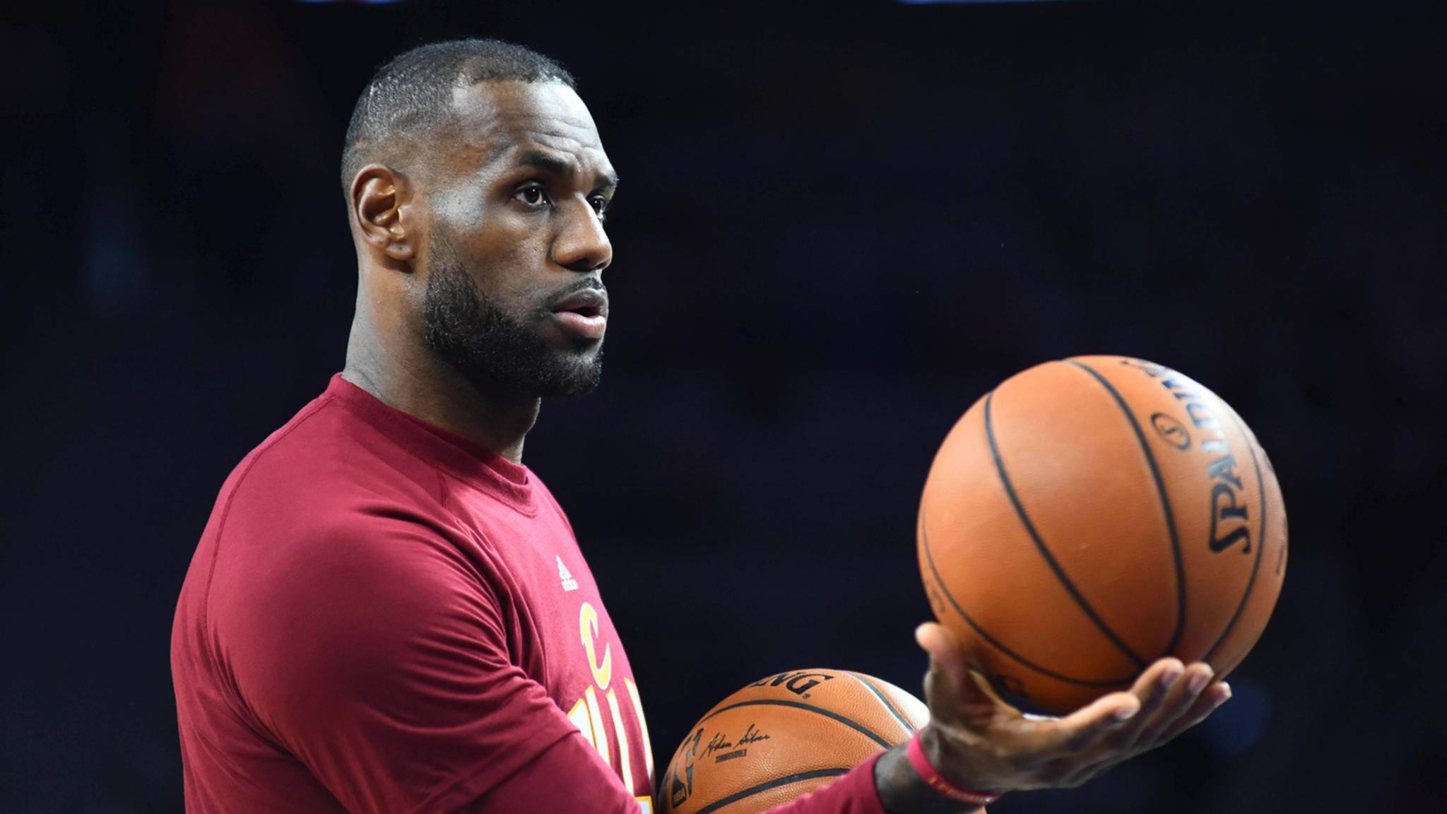 Für LeBron James geht es vom Basketballplatz ans Filmset.