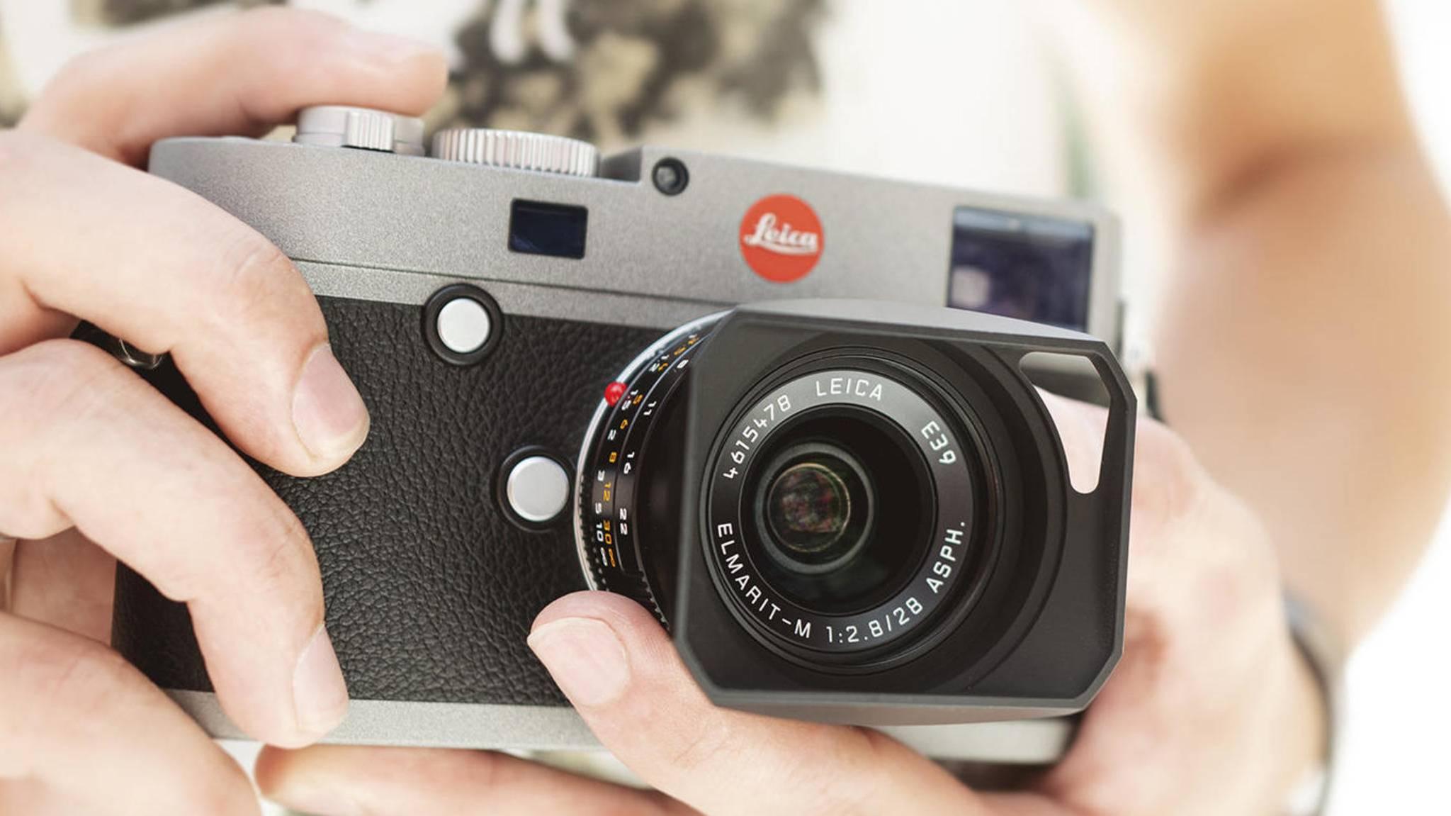 Die Leica M-E ist eine kompakte Messsucherkamera mit einem großen Sensor.