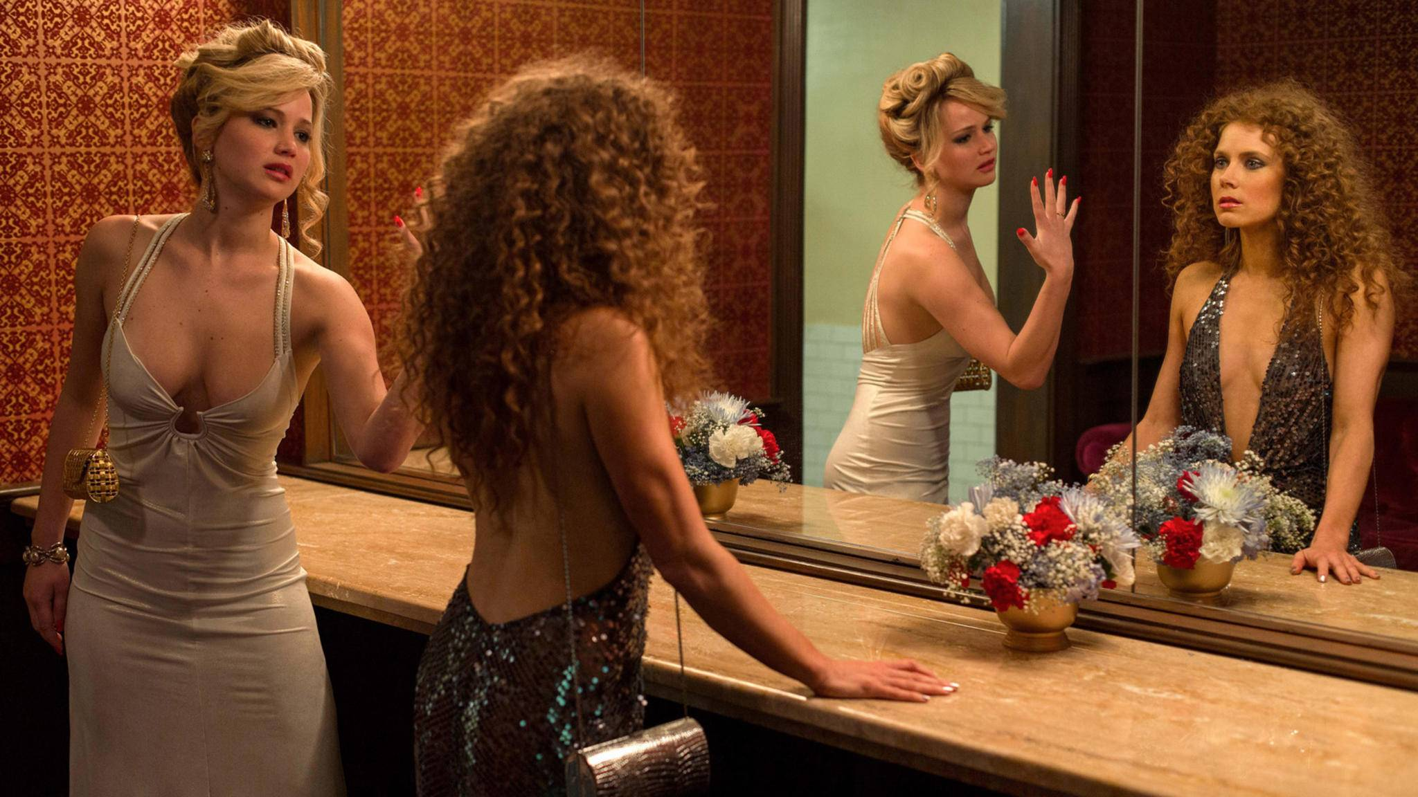 "Jennifer Lawrence und Amy Adams in ""American Hustle"""