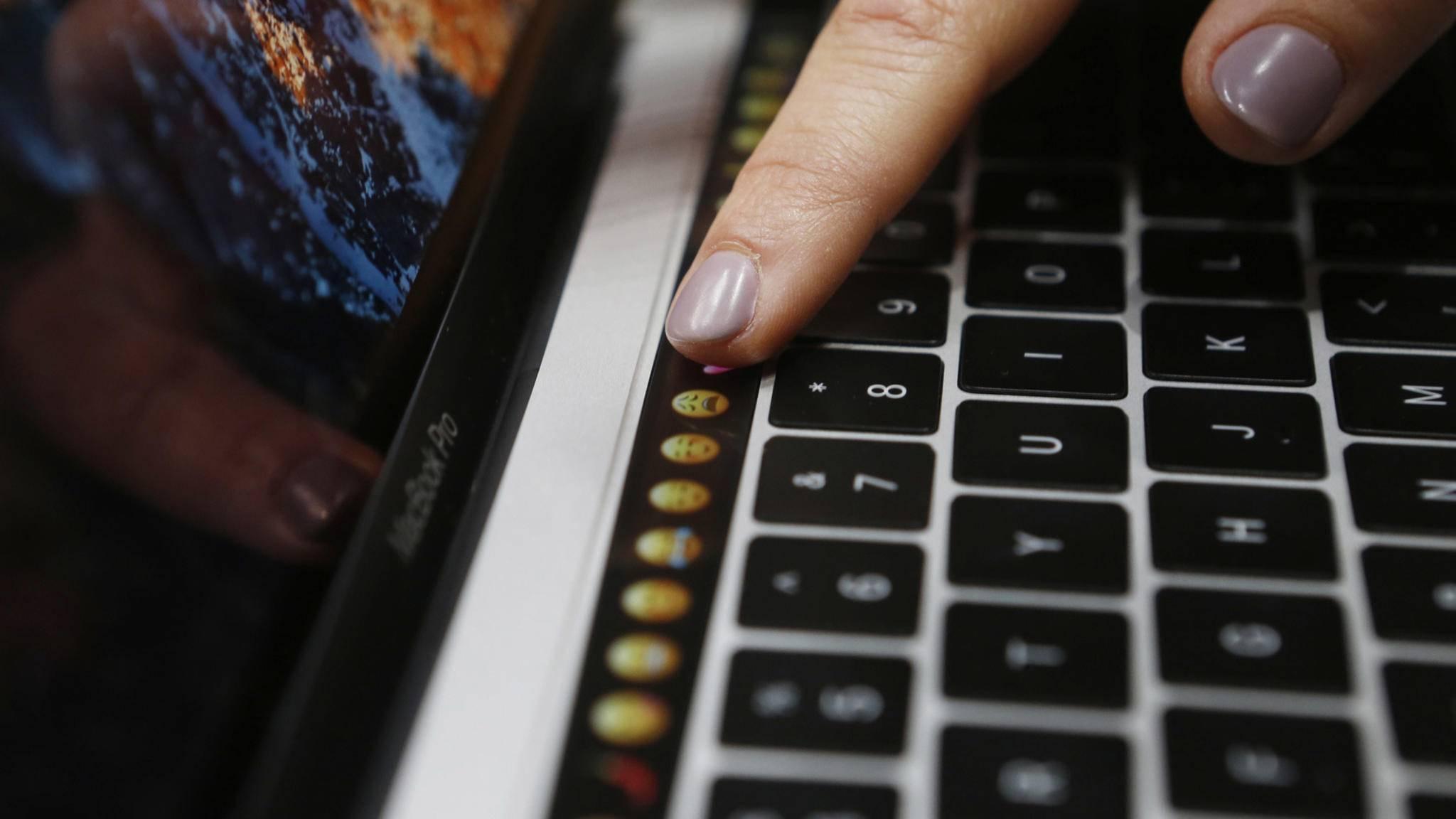 Apple will die Butterfly-Tastatur aufs Abstellgleis schieben.
