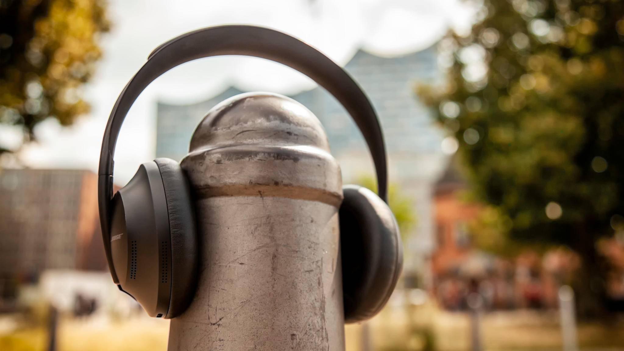 bose-headphones-700-8