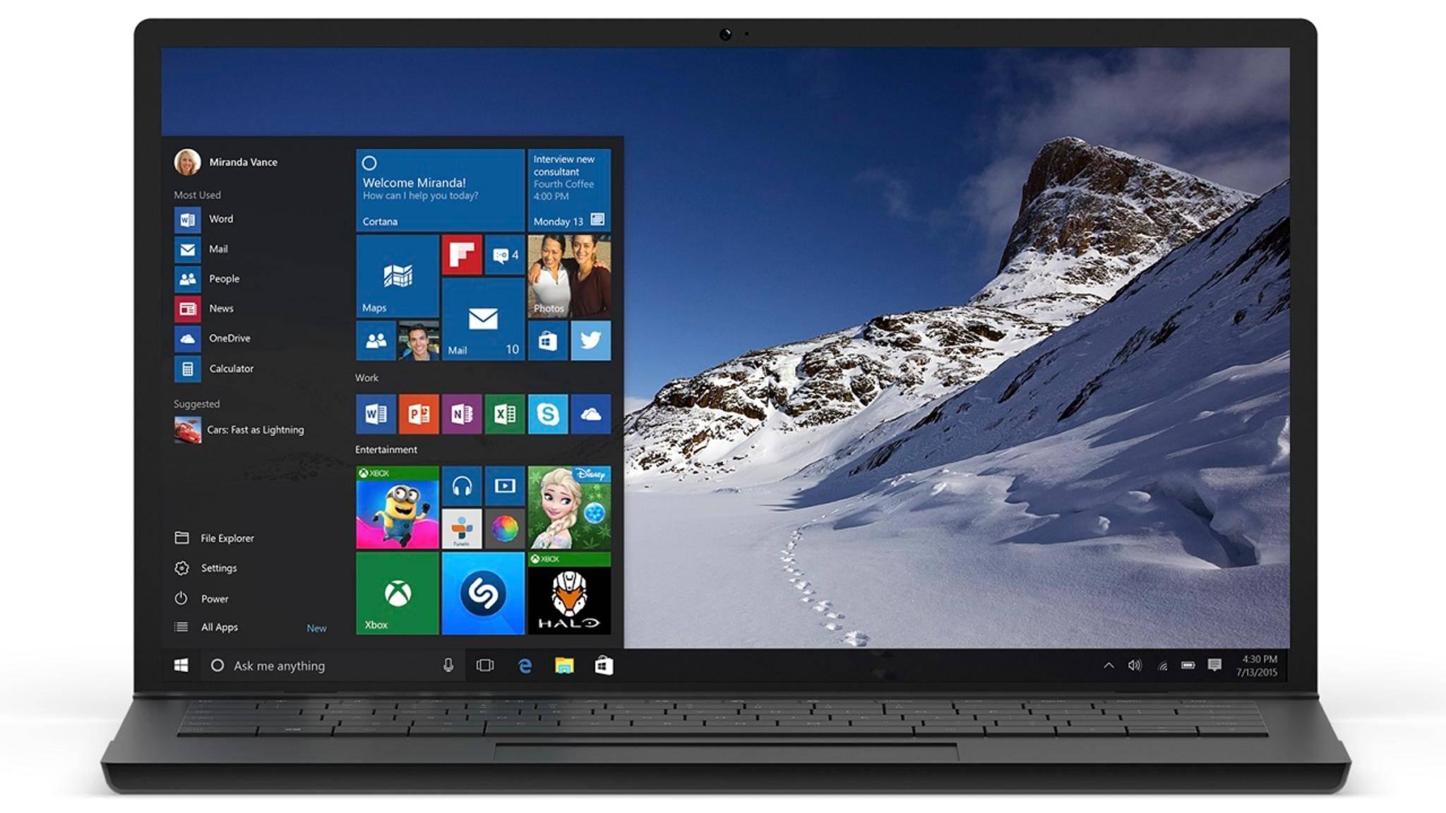 Windows 10 mit Startmenü auf einem Laptop