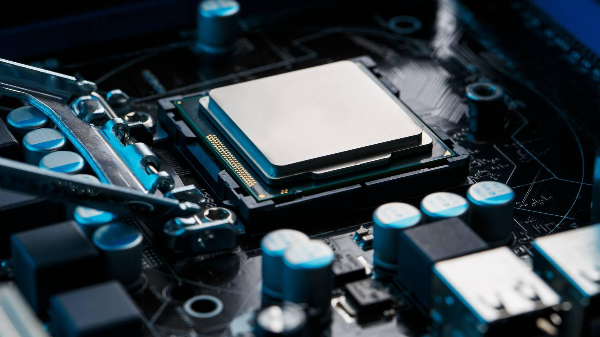 intel-amd-motherboard-mainboard-prozessor-chip